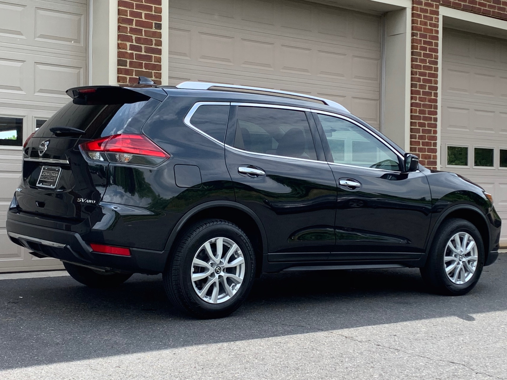 Used-2017-Nissan-Rogue-SV