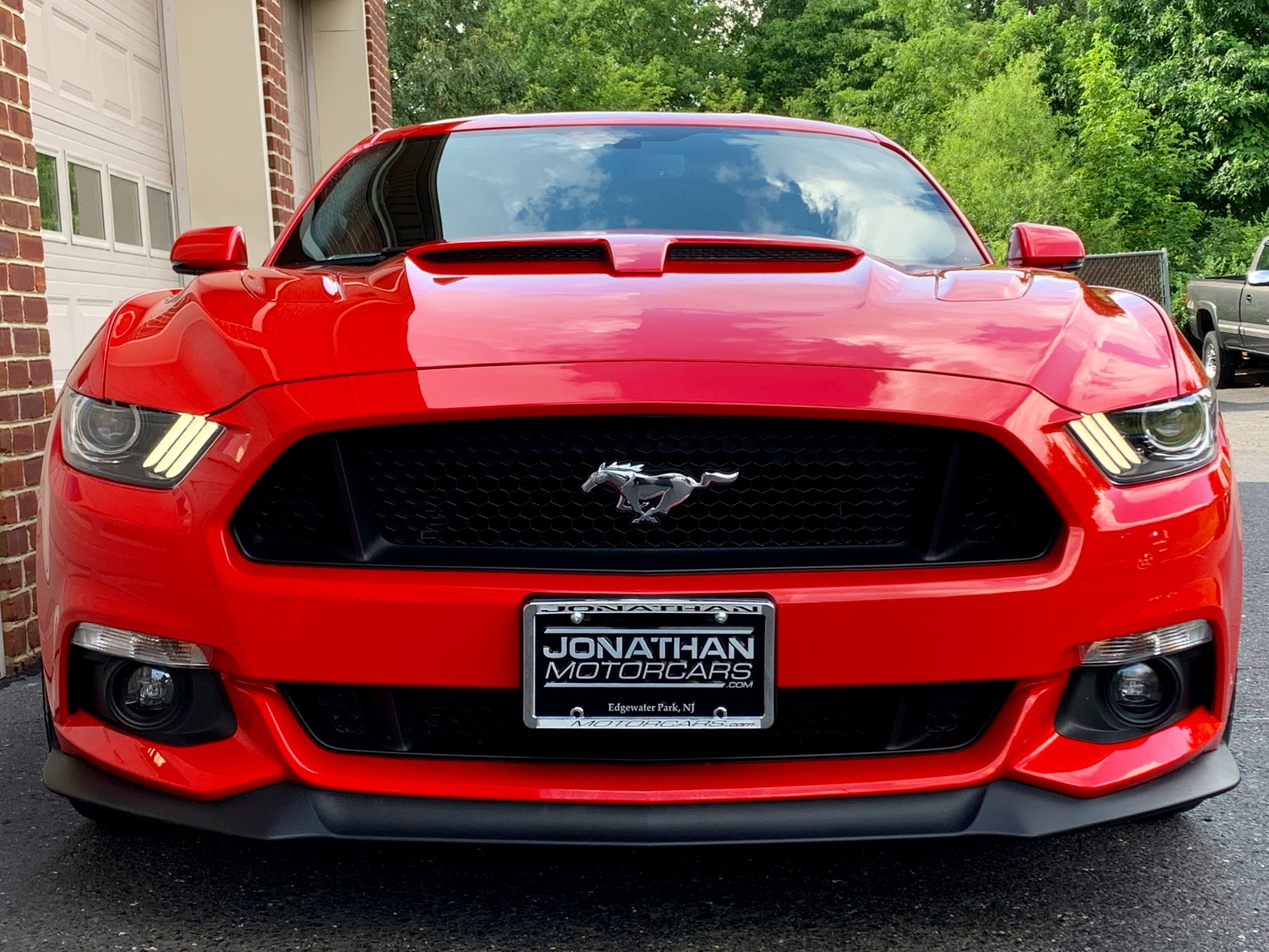 Used-2017-Ford-Mustang-GT-Premium-SUPERCHARGED