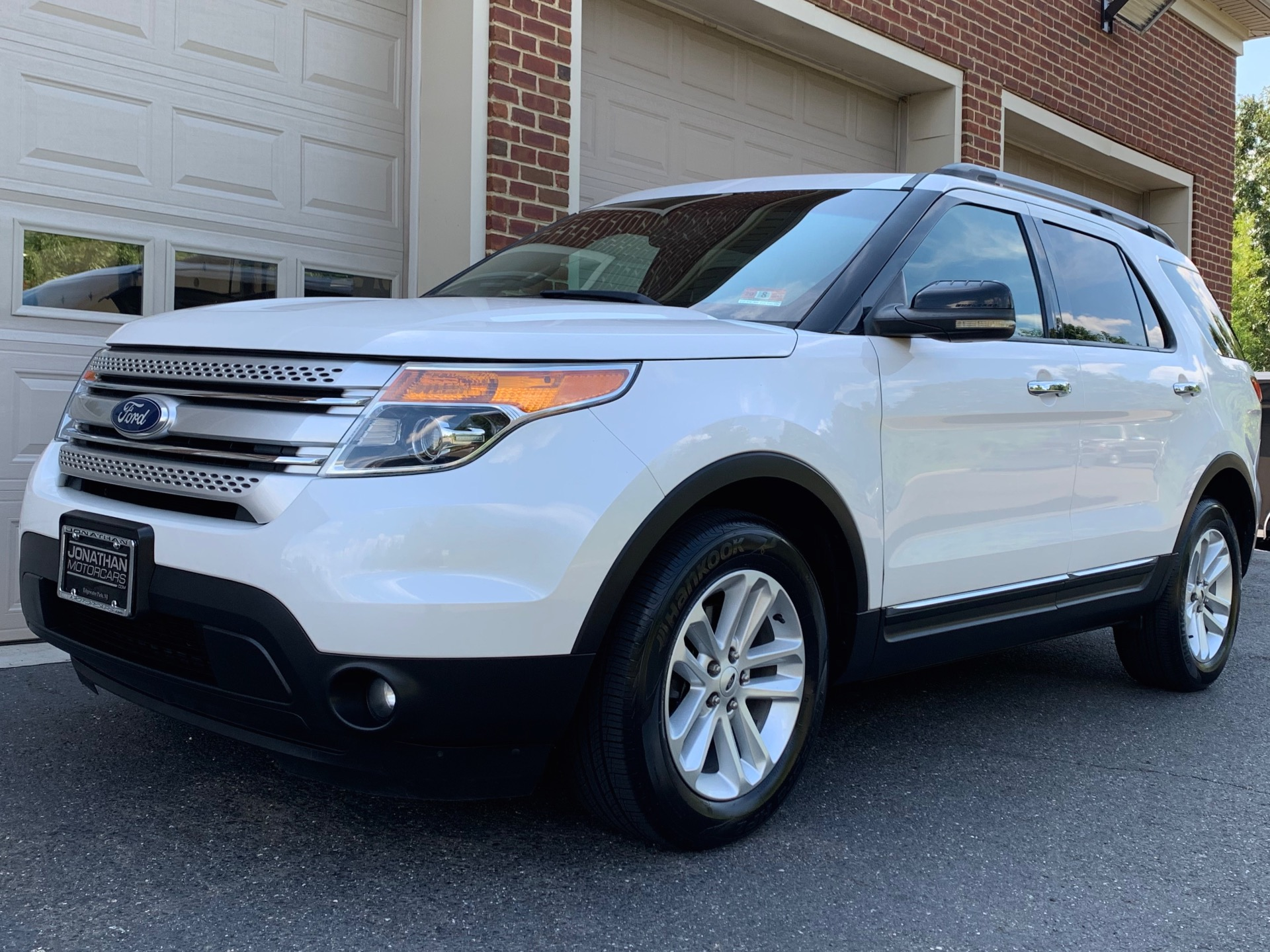 Used 2012 Ford Explorer XLT | Edgewater Park, NJ