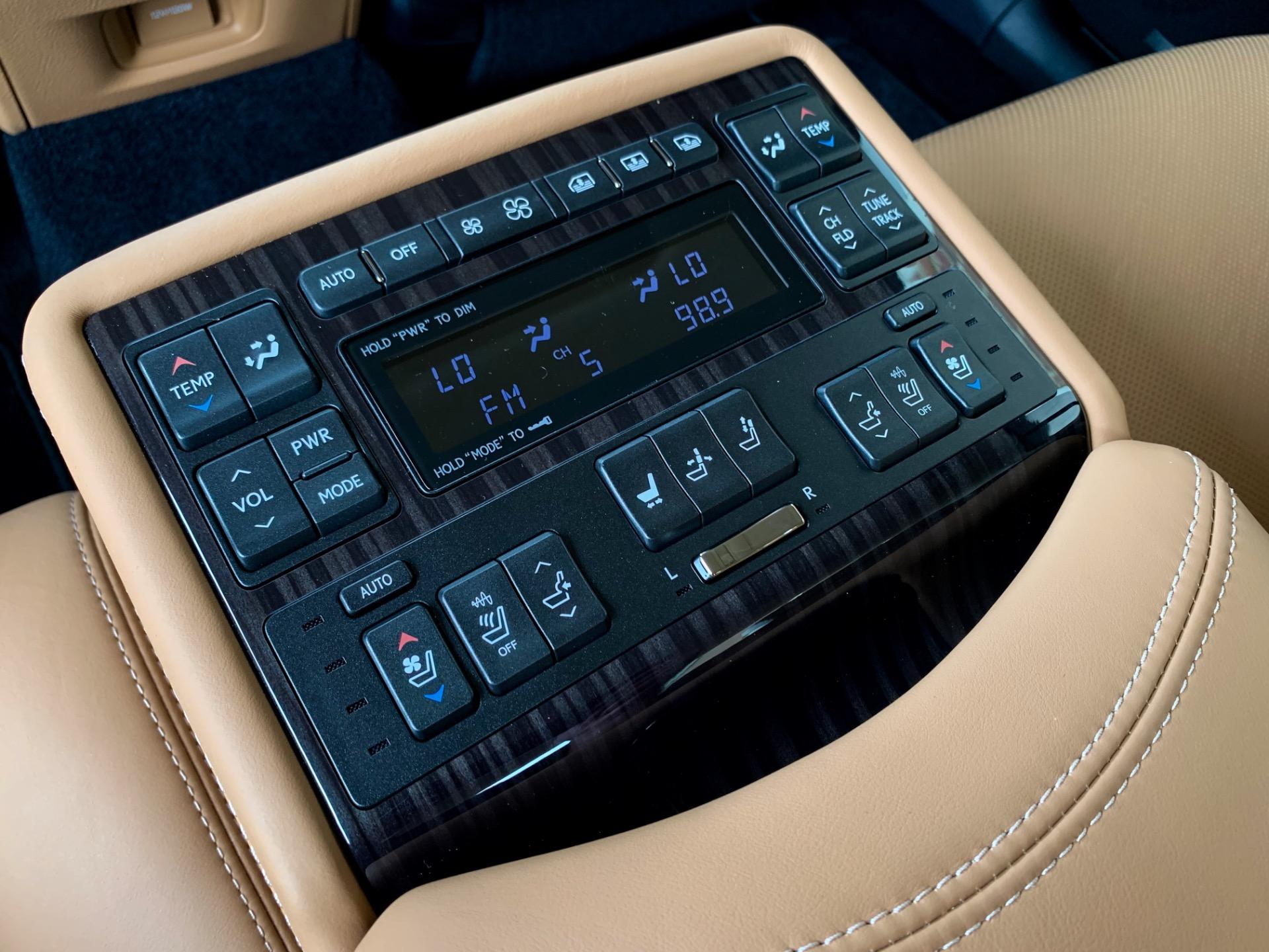 Used-2017-Lexus-LS-460