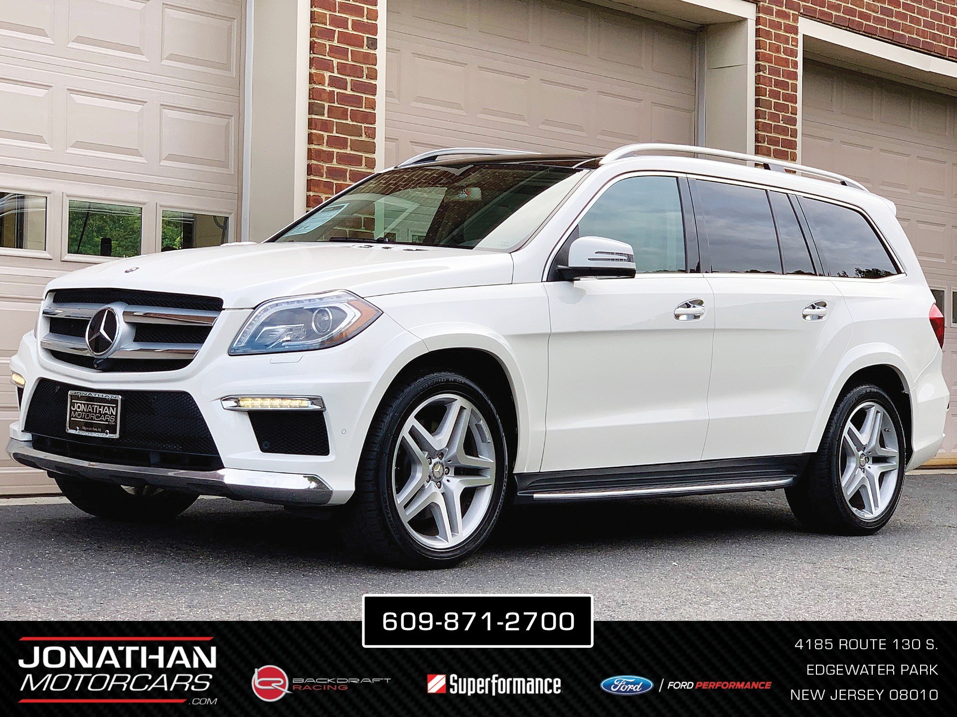 Used 2015 Mercedes-Benz GL-Class GL 550 4MATIC | Edgewater Park, NJ
