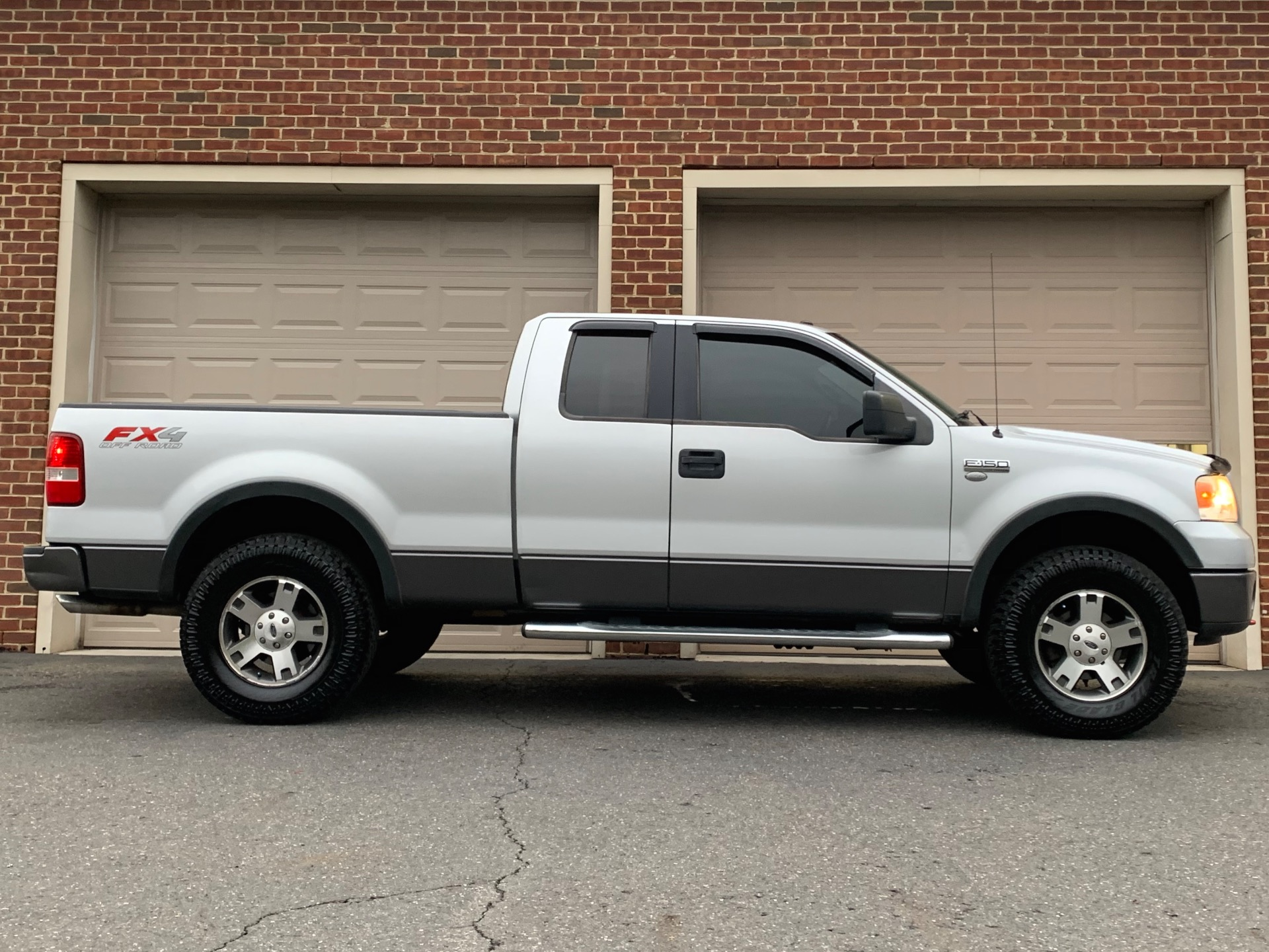 Used-2006-Ford-F-150-FX4
