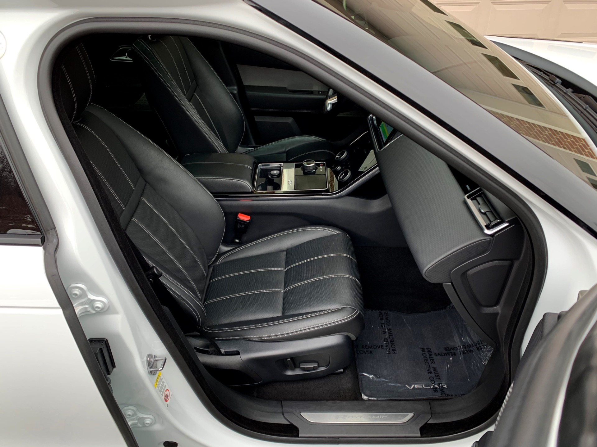 Used-2019-Land-Rover-Range-Rover-Velar-P250-R-Dynamic-SE