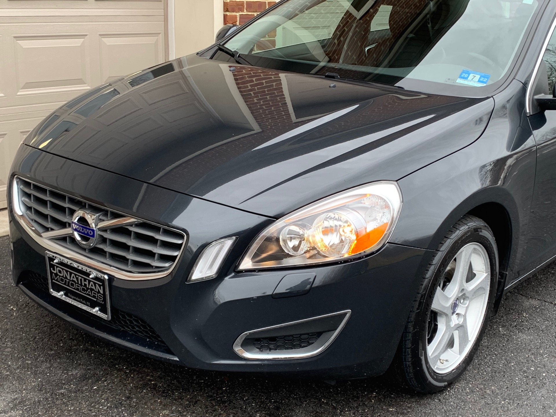 Used-2012-Volvo-S60-T5