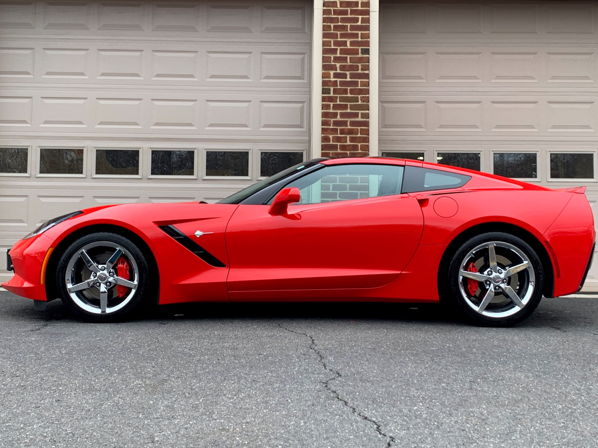 Used-2014-Chevrolet-Corvette-Stingray-2LT