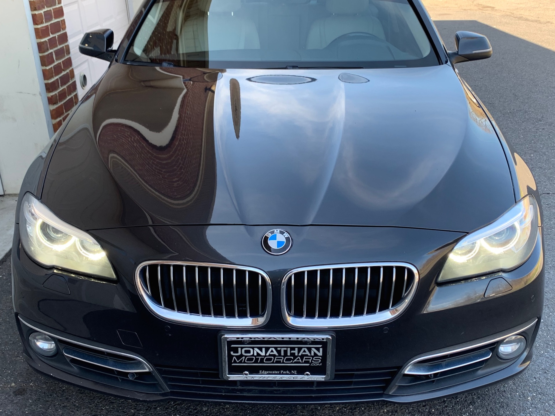 Used-2014-BMW-5-Series-528i-xDrive-Luxury-Line