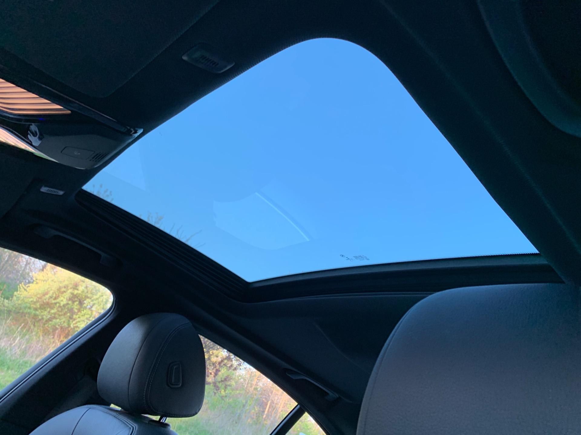 Used-2018-BMW-5-Series-530i-xDrive