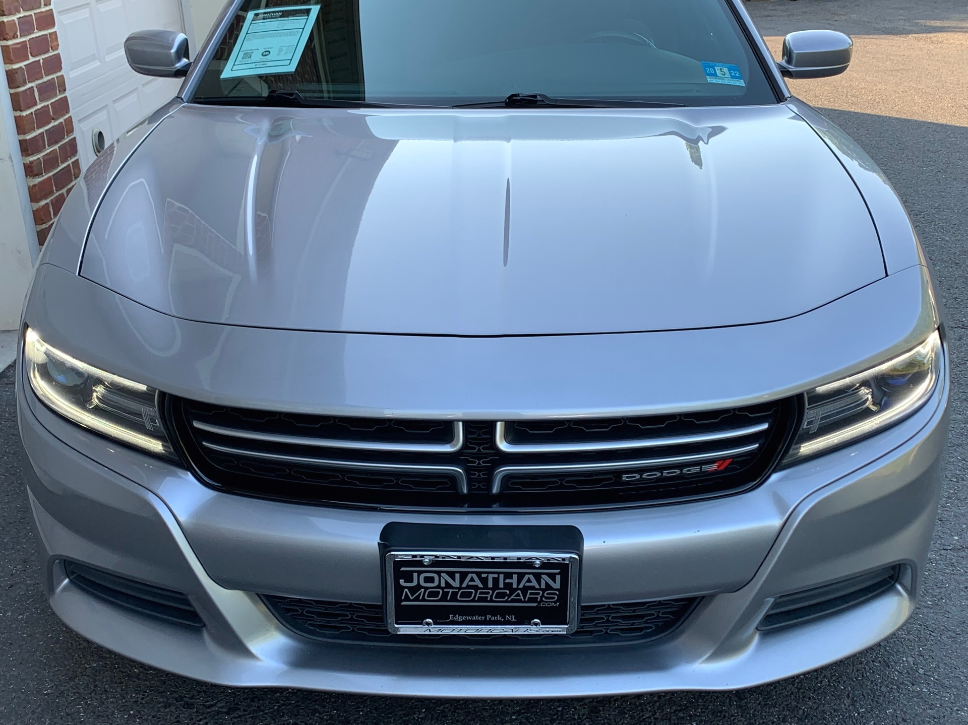 Used-2015-Dodge-Charger-SE