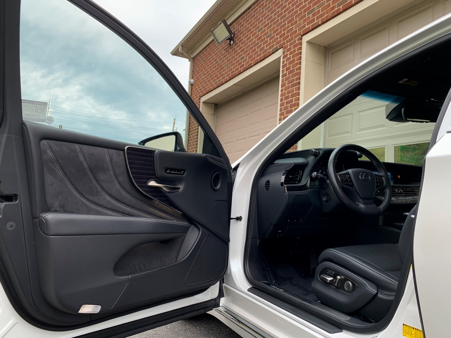 Used-2019-Lexus-LS-500
