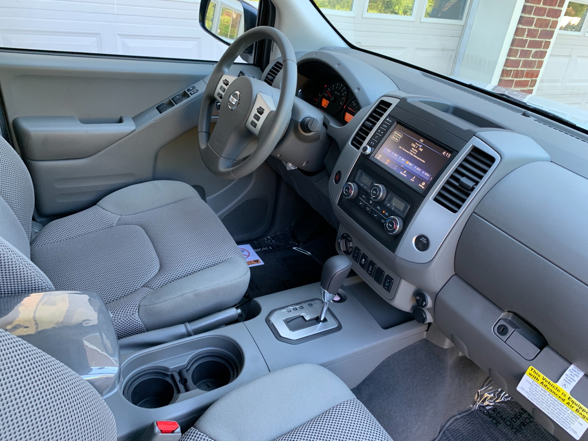 Used-2020-Nissan-Frontier-SV