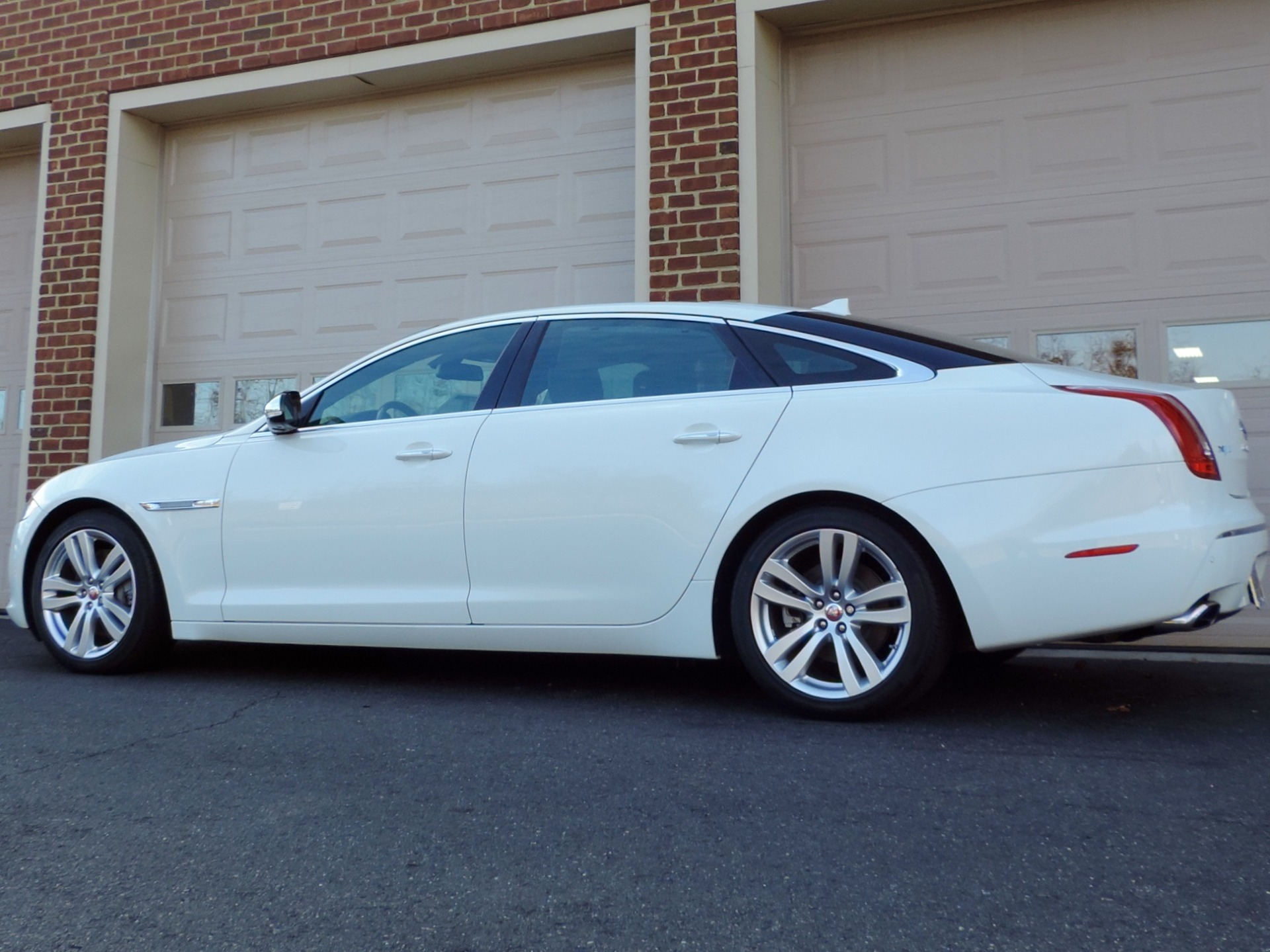 vancouver awd portfolio vehicles autoform jaguar xjl