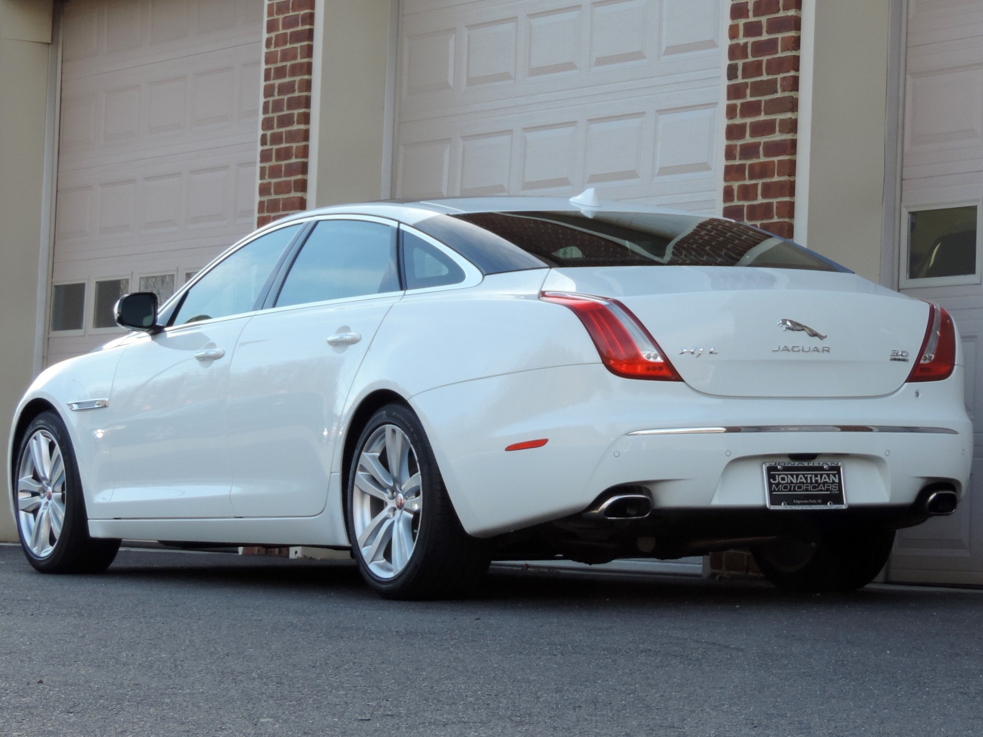 wallpaper htm angle rear of xjr jaguar image picture xjl resolution