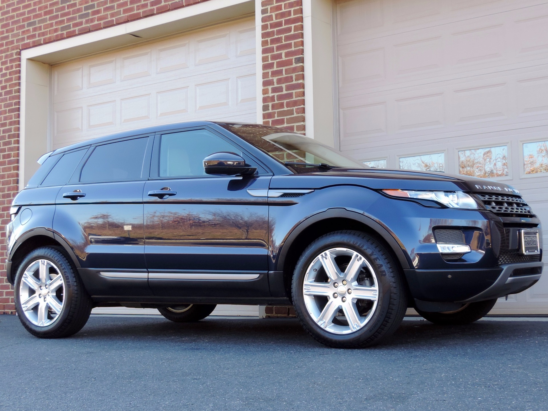 2015 Land Rover Range Rover Evoque Pure Plus Stock ...