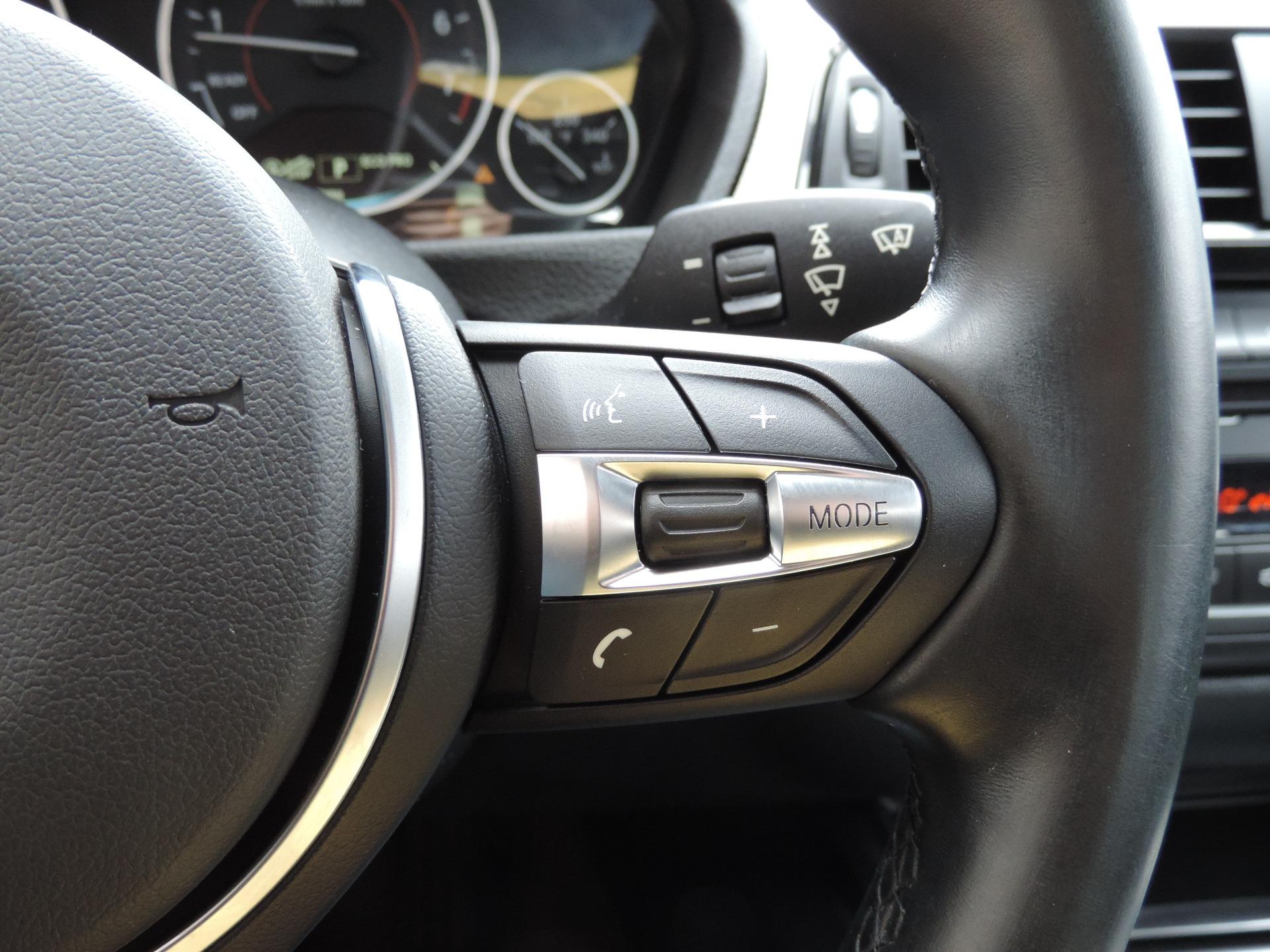 Used-2015-BMW-3-Series-328i-xDrive-M-Sport--Navigation