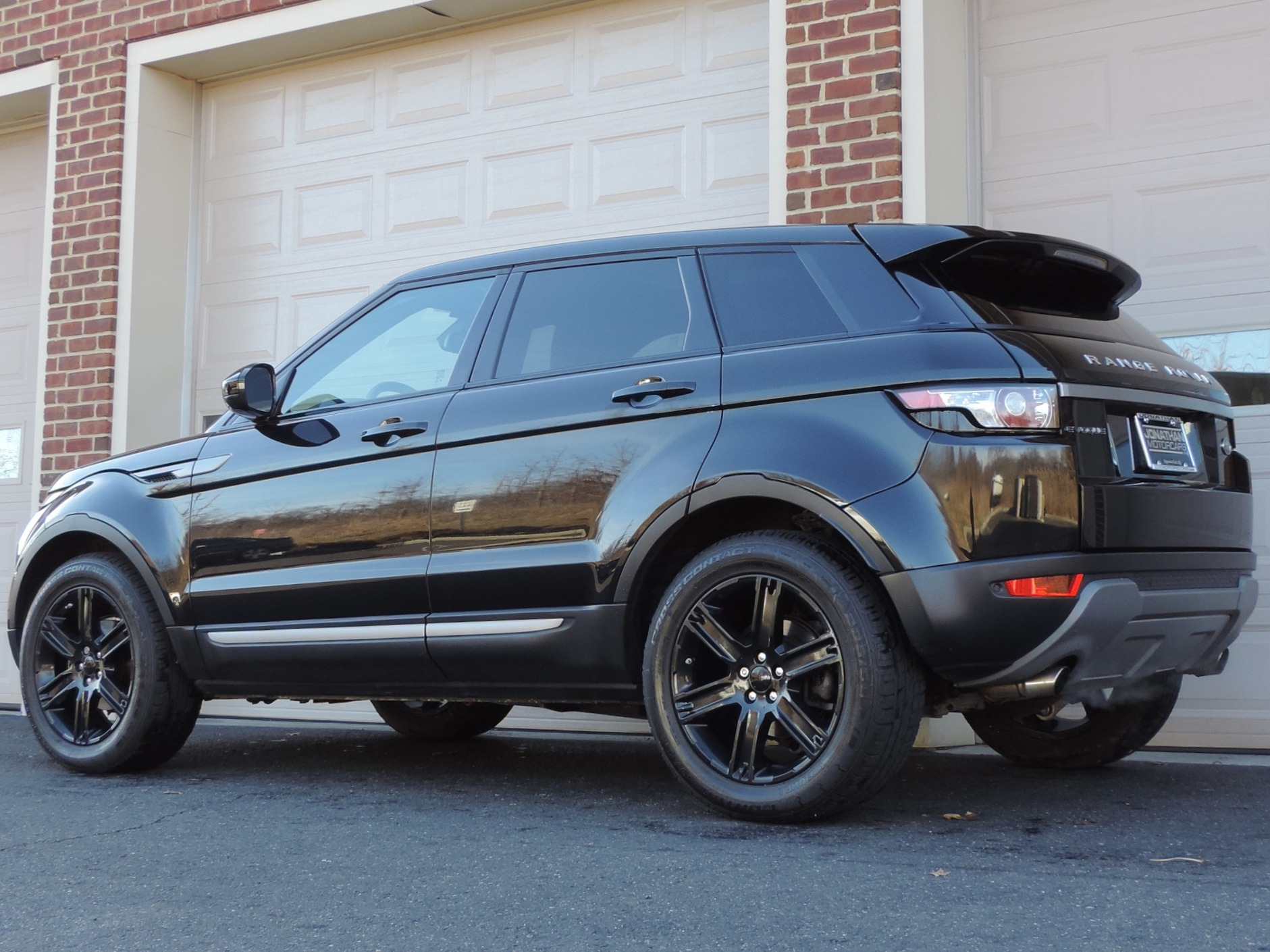 2015 land rover range rover evoque pure plus stock 963912 for sale near edgewater park nj. Black Bedroom Furniture Sets. Home Design Ideas