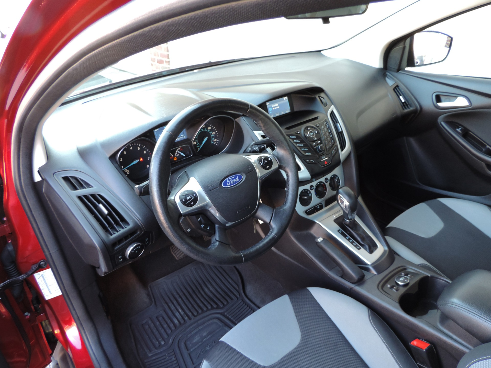2014 Ford Focus Se Stock 366839 For Sale Near Edgewater Park Nj Antenna Used