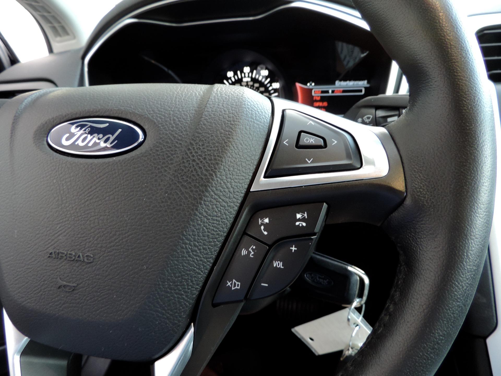 Used-2015-Ford-Fusion-SE