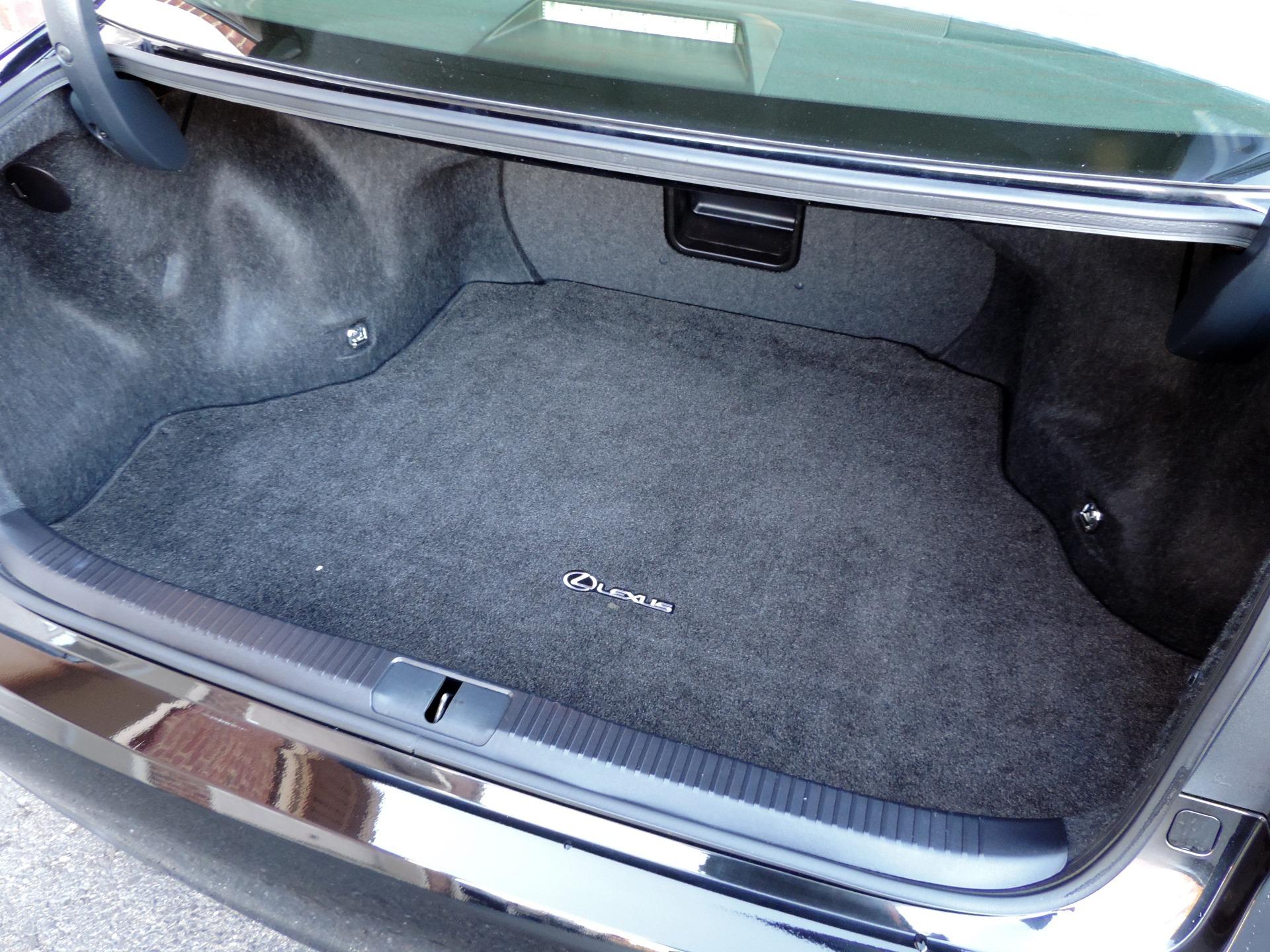 Used-2014-Lexus-ES-350-Premium