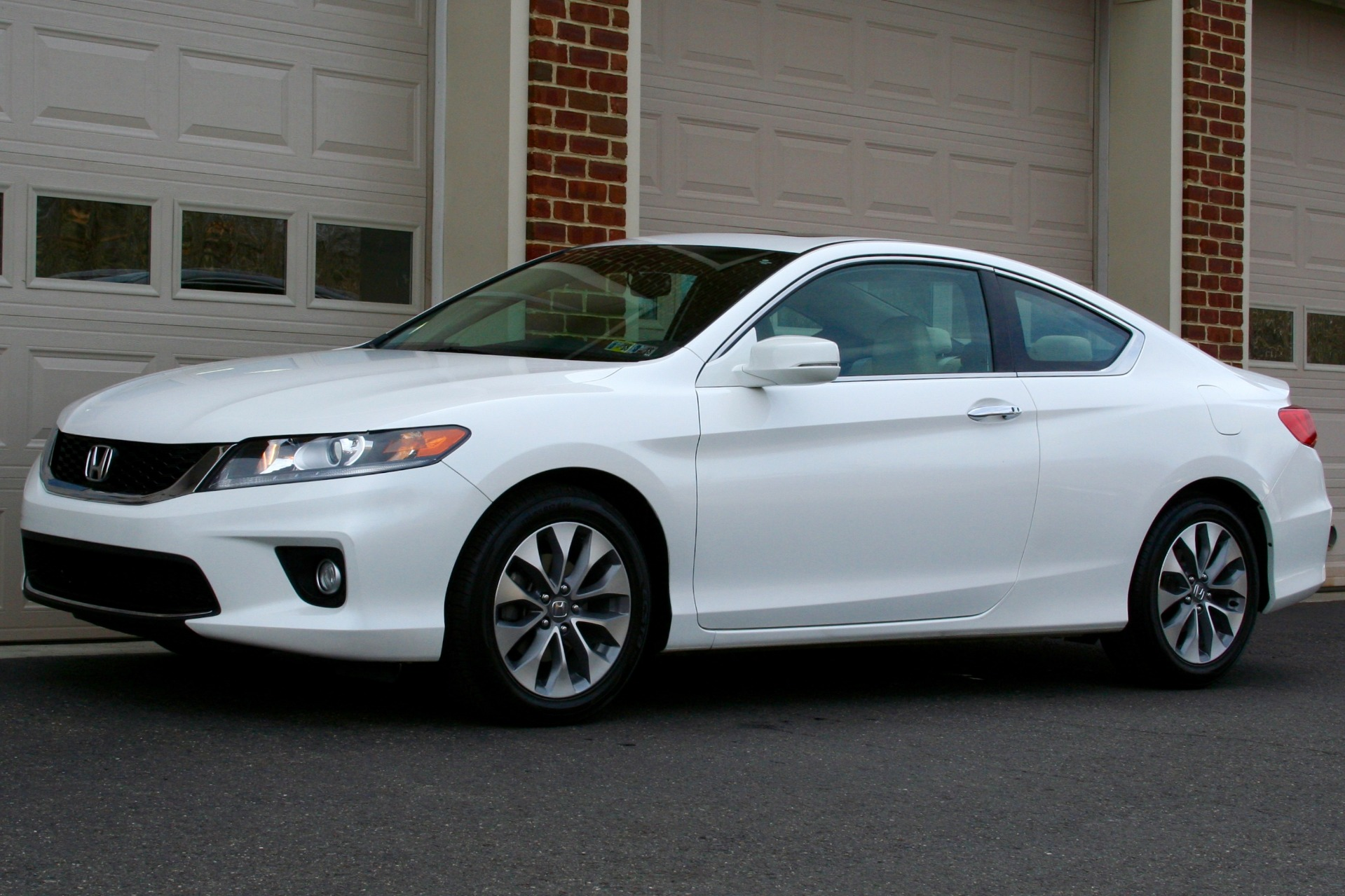 Used-2015-Honda-Accord-EX-L-w/Navi