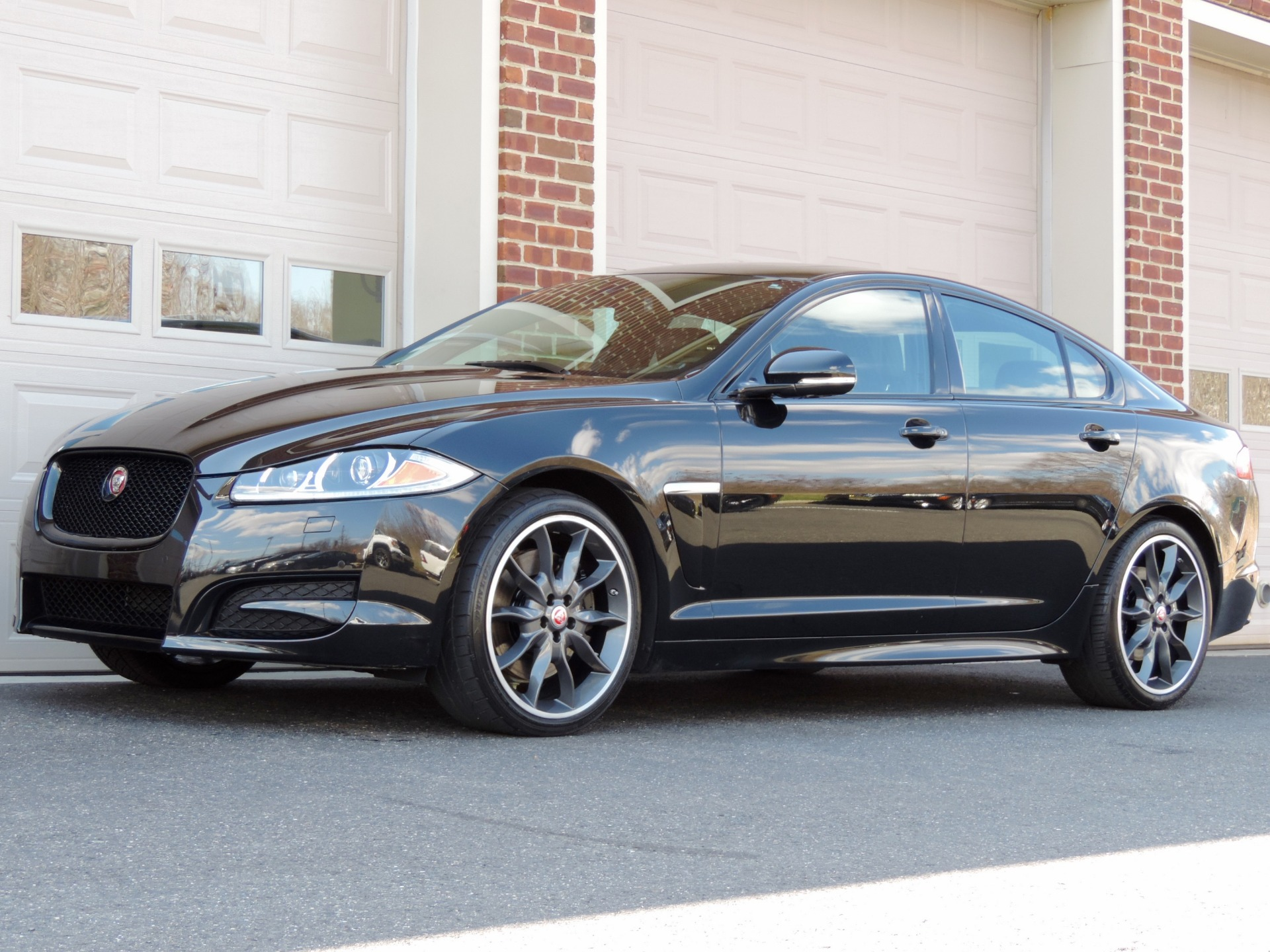 Used-2015-Jaguar-XF-30-Sport