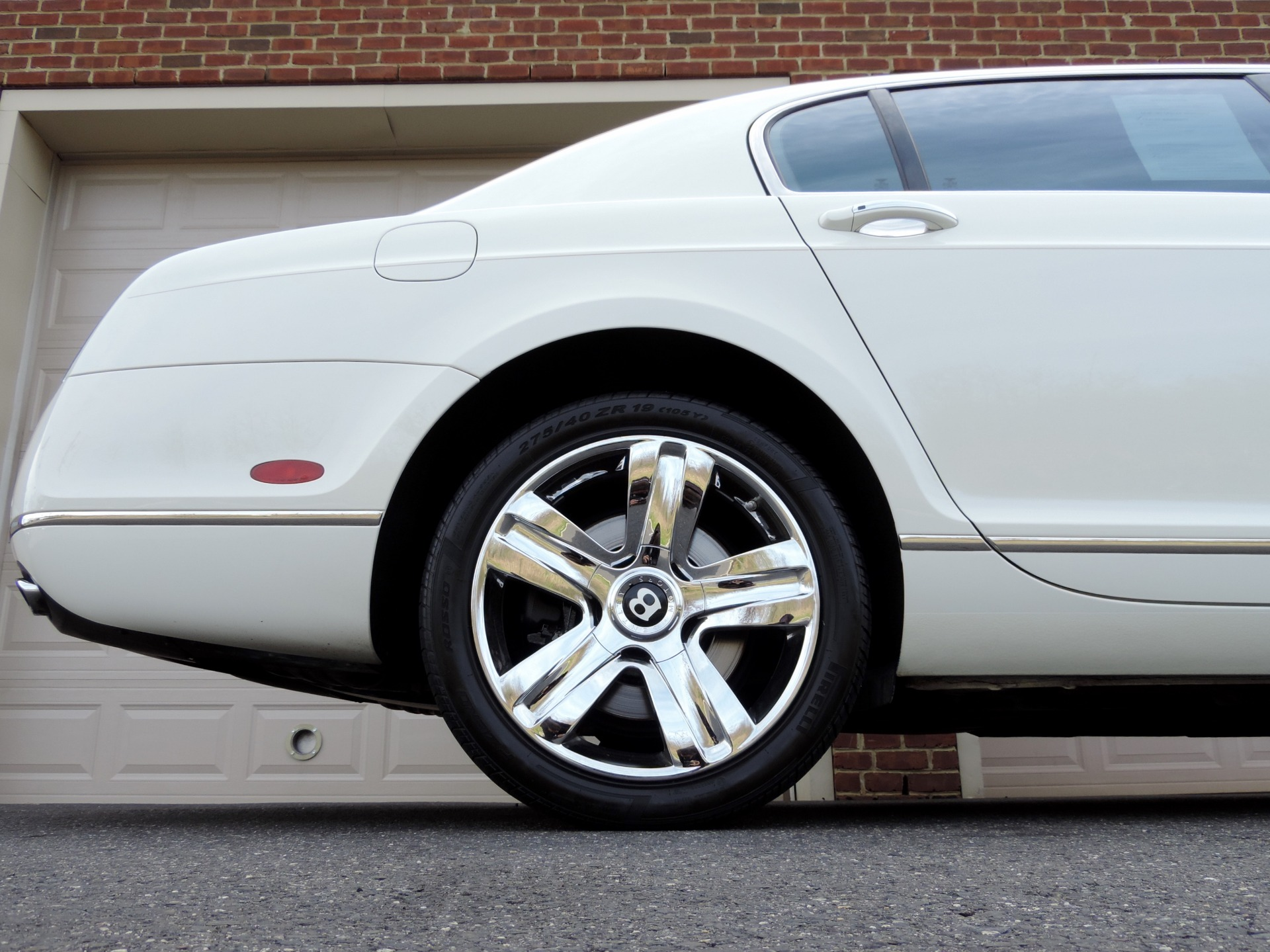 Used-2010-Bentley-Continental-Flying-Spur