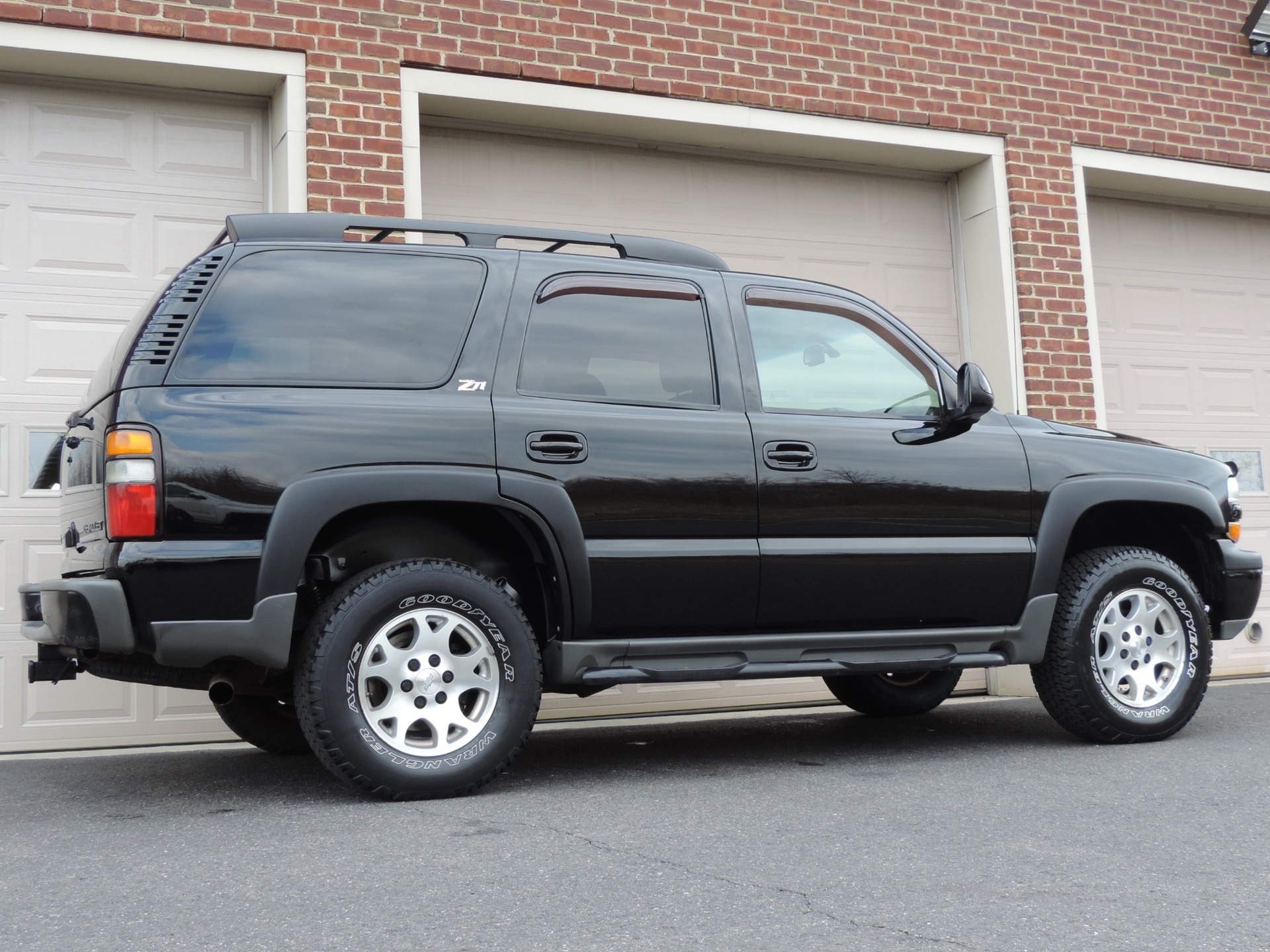 tahoe 2004 z71 chevrolet side anti theft front system mirror turn door power mirrors adjustments alarm dimming locks signals airbags