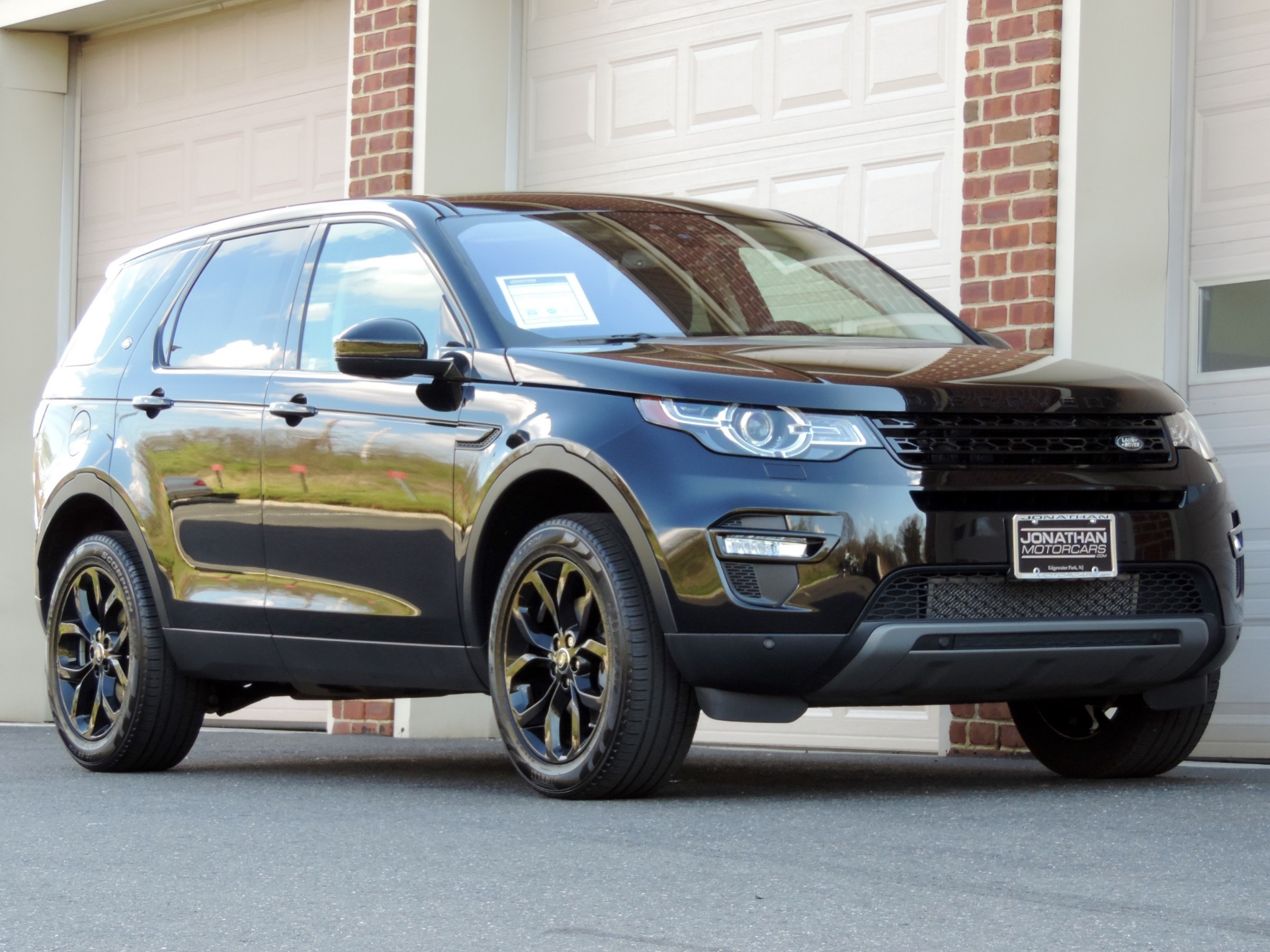 2017 land rover discovery sport hse black design edition stock 641405 for sale near edgewater. Black Bedroom Furniture Sets. Home Design Ideas