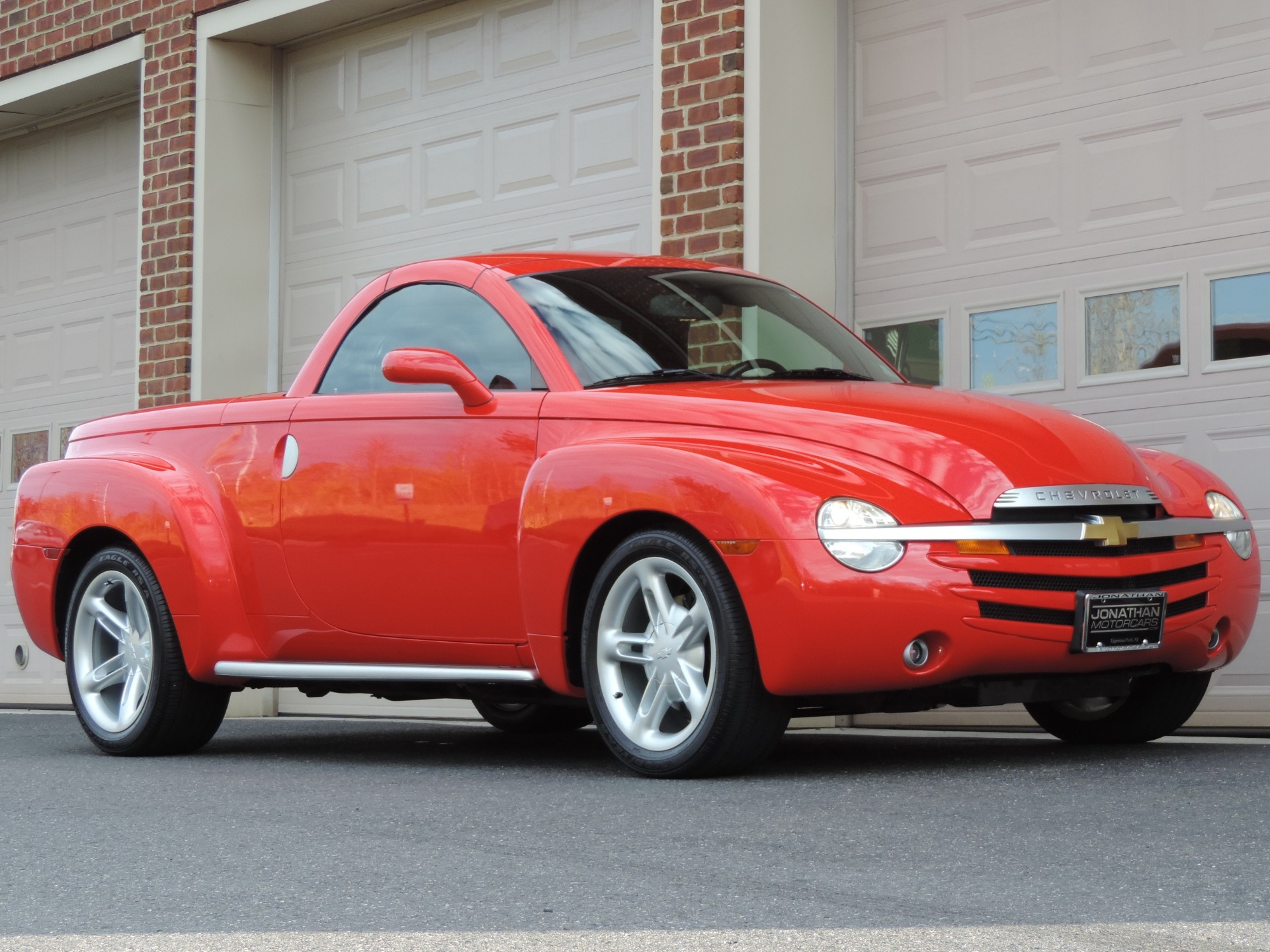 Used-2004-Chevrolet-SSR-LS