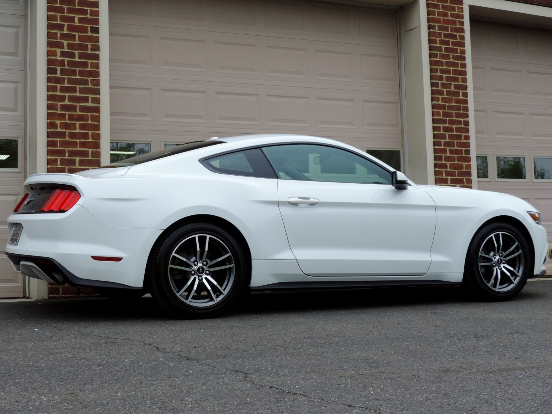 Used-2017-Ford-Mustang-EcoBoost-Premium