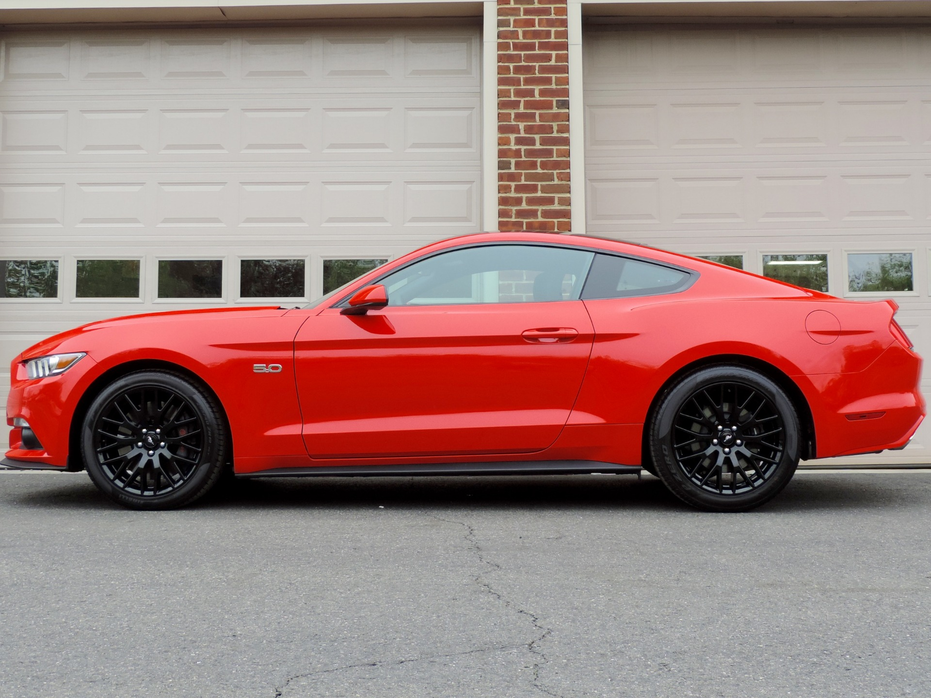 Used-2017-Ford-Mustang-GT-Performace