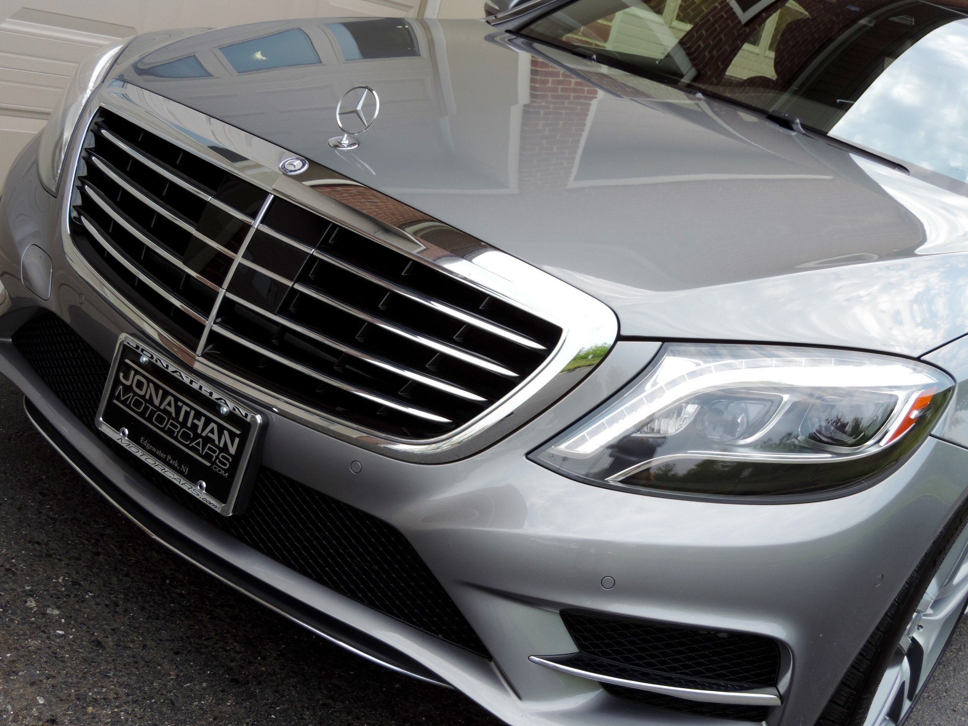 Used-2015-Mercedes-Benz-S-Class-S-550-4MATIC-Sport