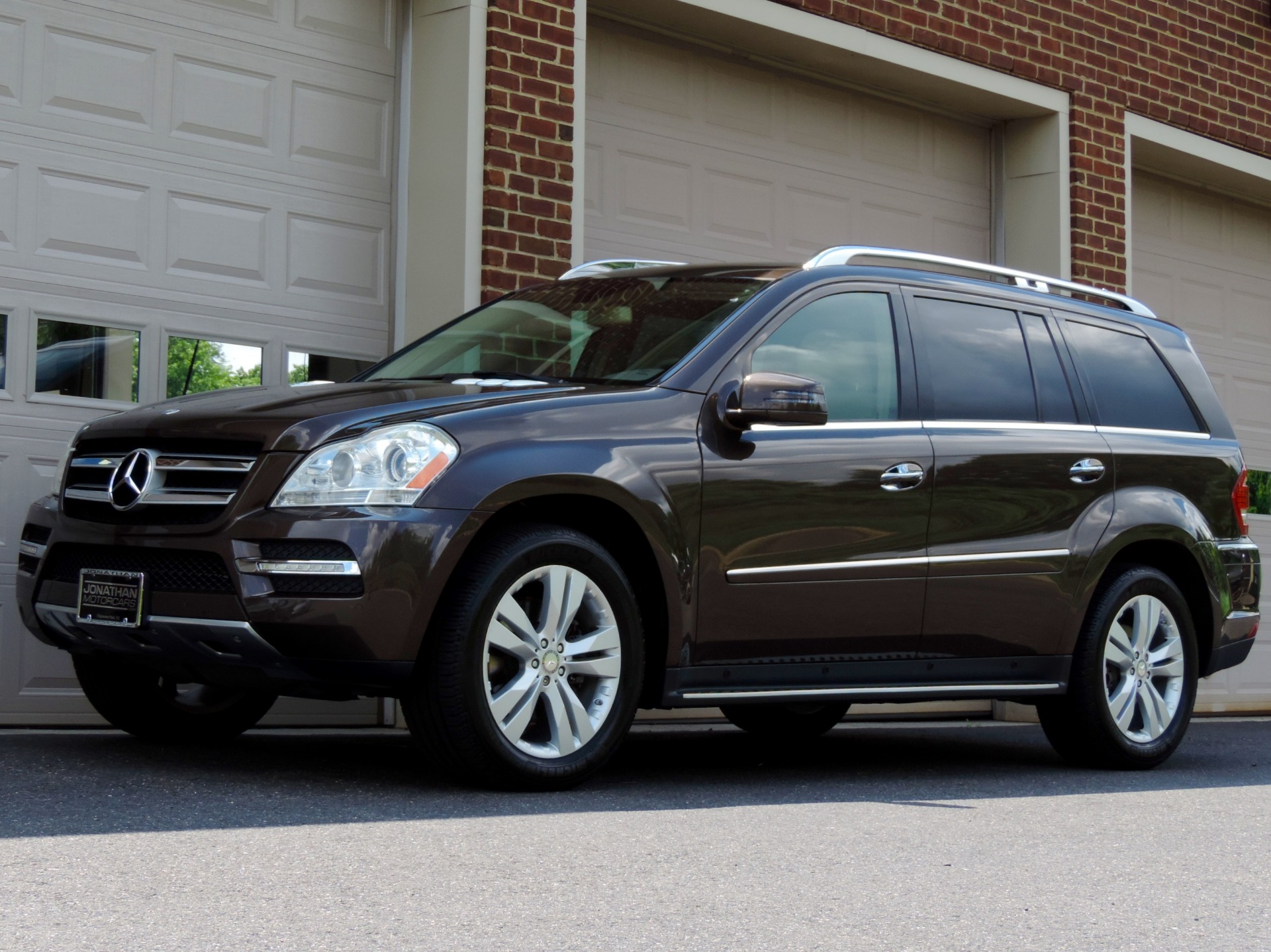 Used-2012-Mercedes-Benz-GL-Class-GL-450-4MATIC-Appearance-Package