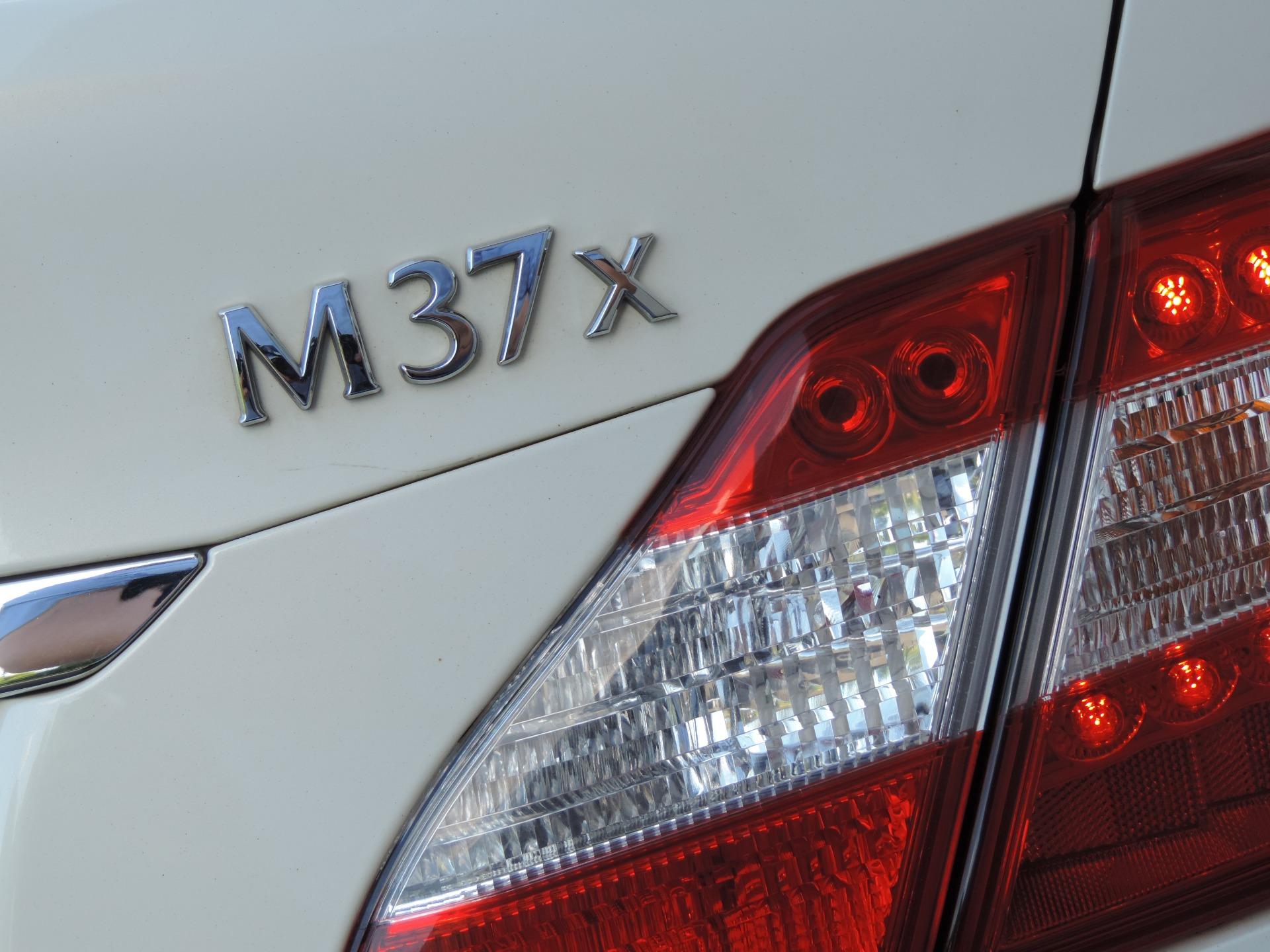 Used-2013-INFINITI-M37-x