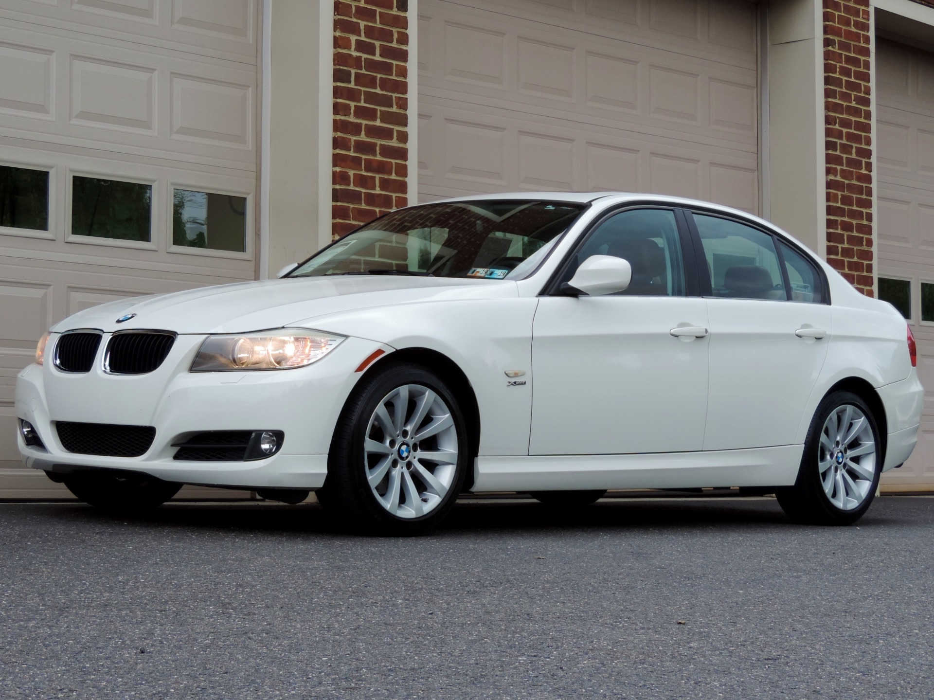 Used-2011-BMW-3-Series-328i-xDrive--Automatic