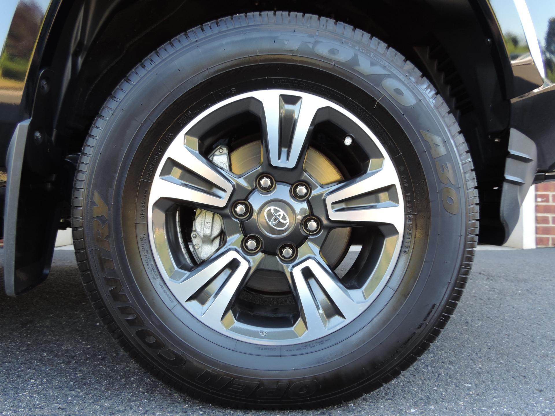 Used-2018-Toyota-Tacoma-TRD-Sport