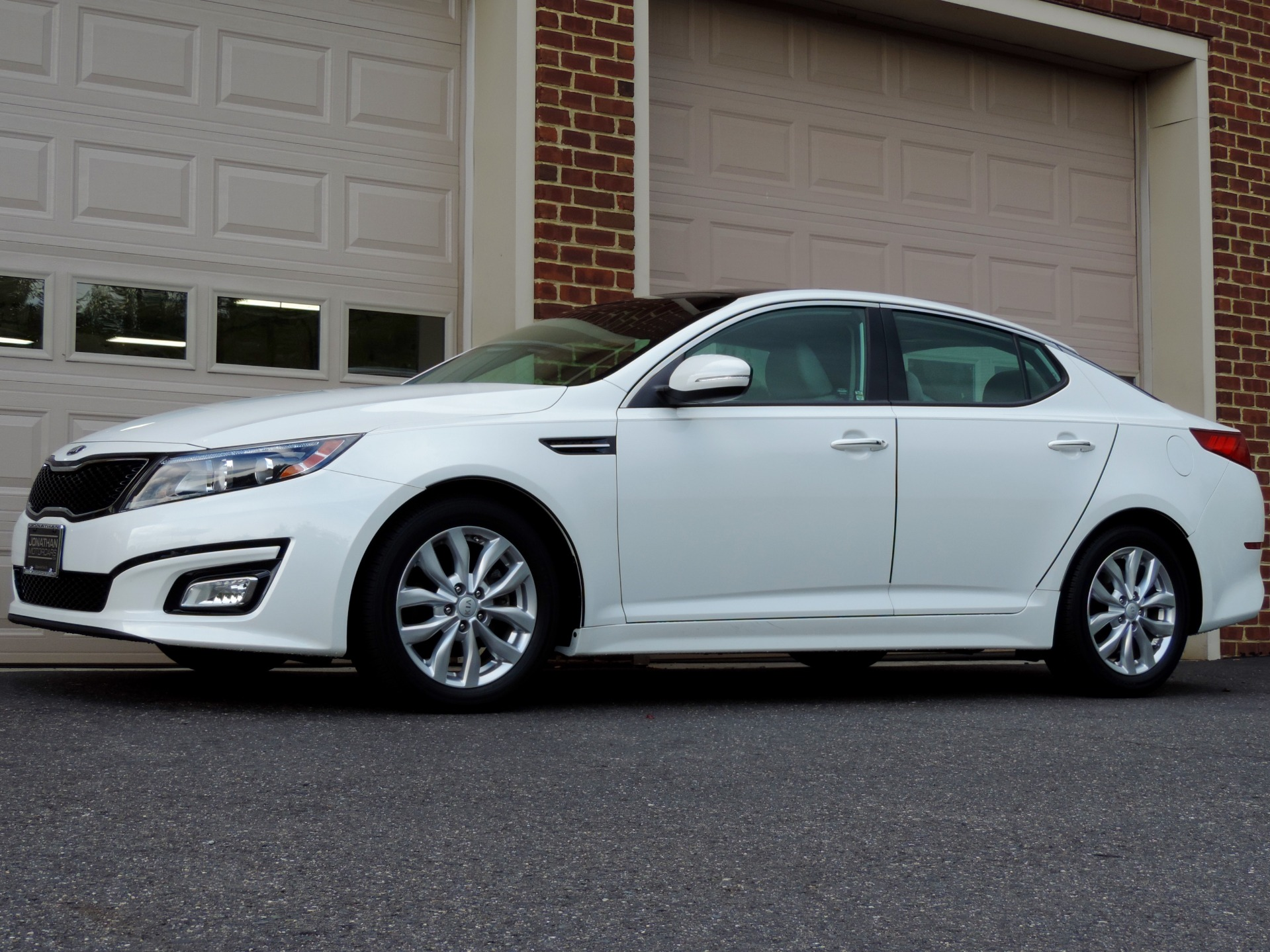 Used-2015-Kia-Optima-EX