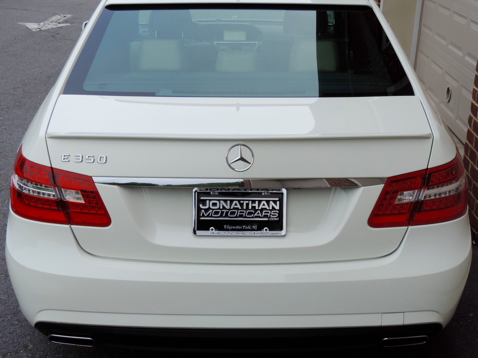 Mercedes-Benz E-Class: Setting and storing the parking position