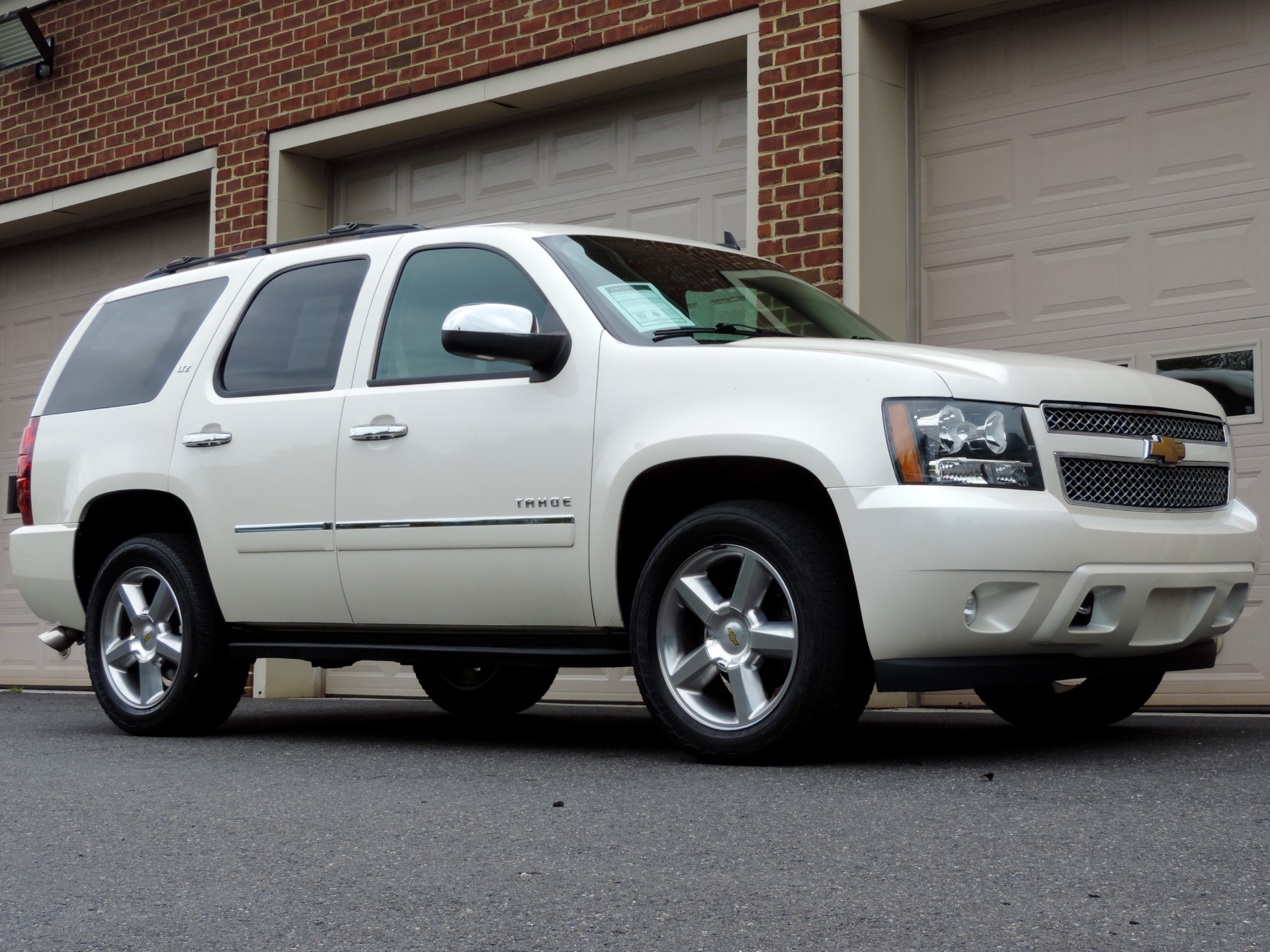 Used-2013-Chevrolet-Tahoe-LTZ