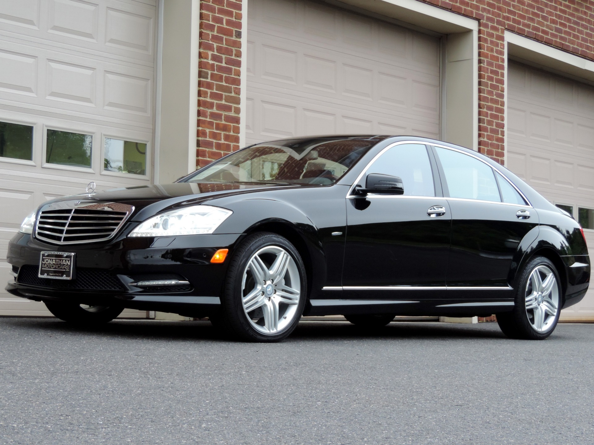 Used-2012-Mercedes-Benz-S-Class-S-550-Sport-4MATIC