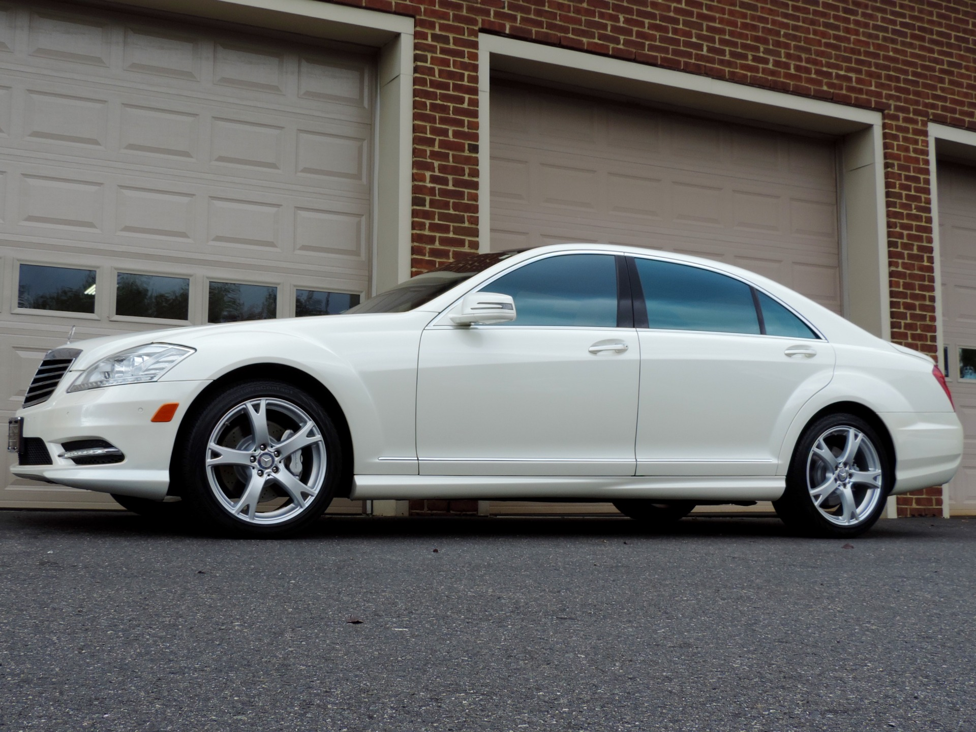 Used-2013-Mercedes-Benz-S-Class-S550-4MATIC-Sport