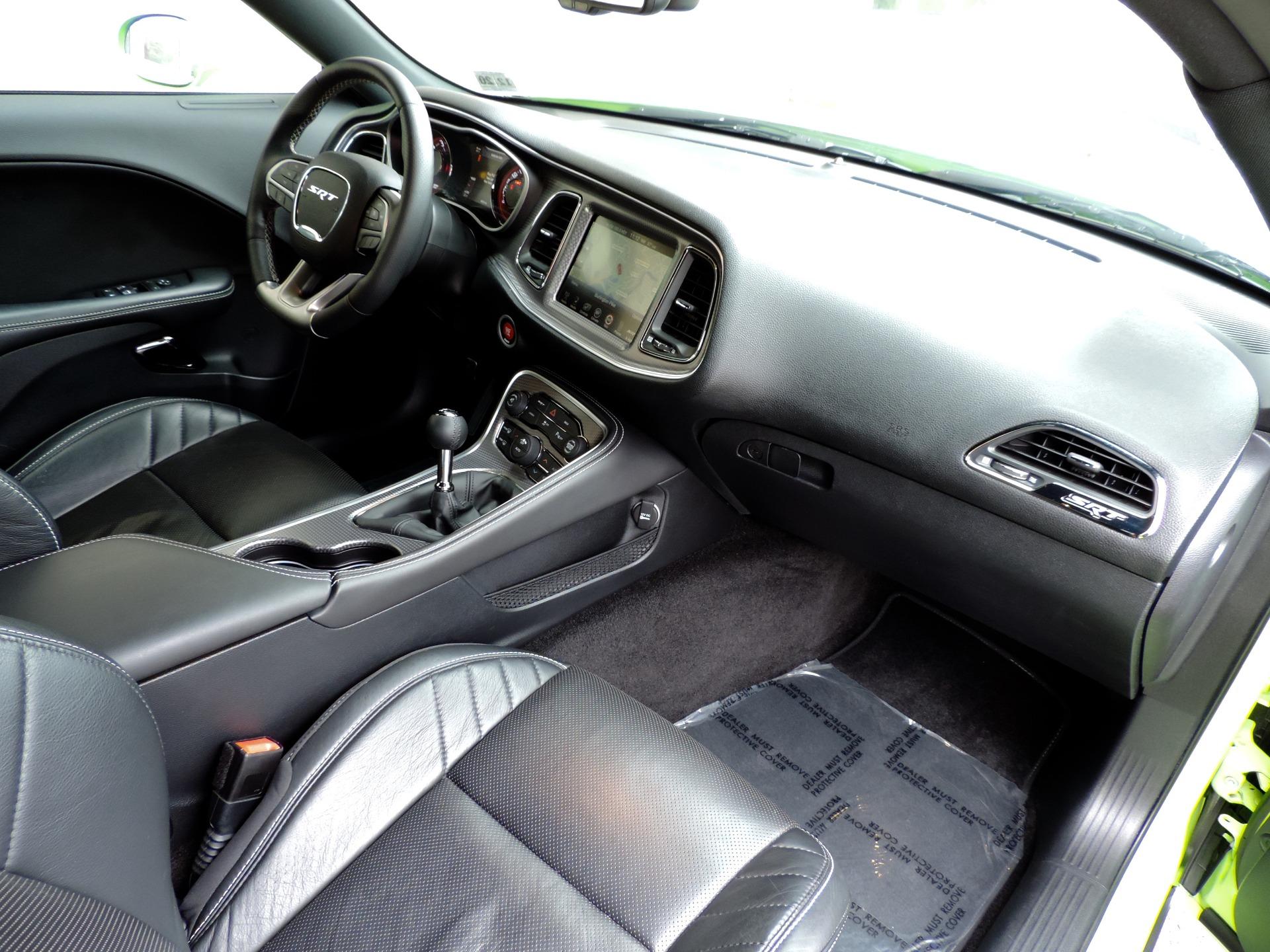 Used-2015-Dodge-Challenger-SRT-Hellcat