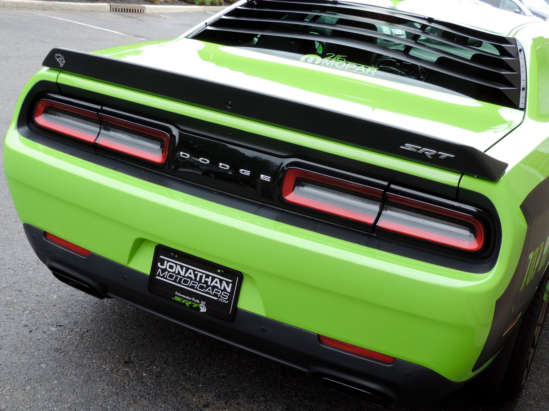 Used-2015-Dodge-Challenger-SRT-Hellcat