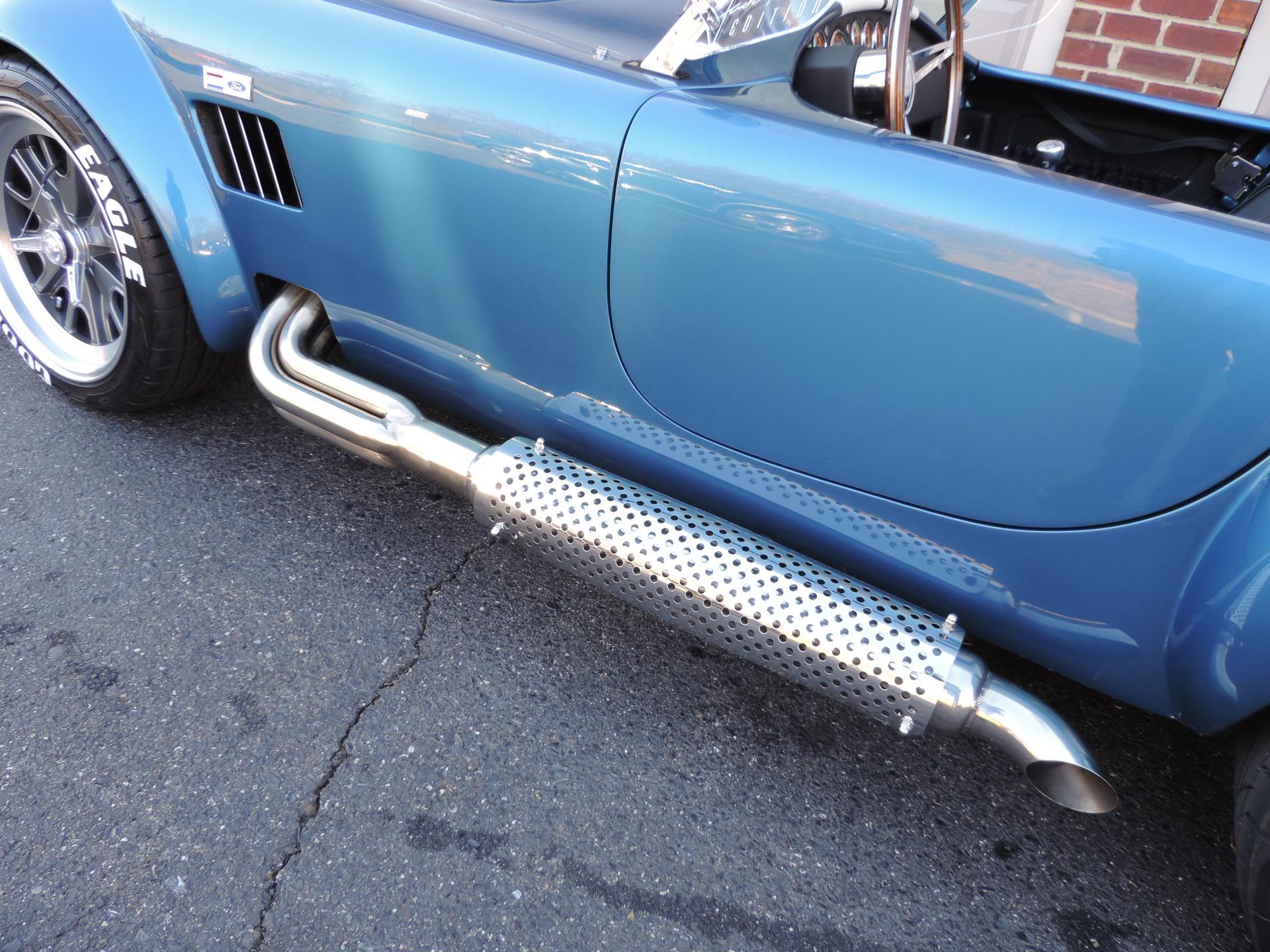 New-1965-Backdraft-Racing-Cobra-Roadster