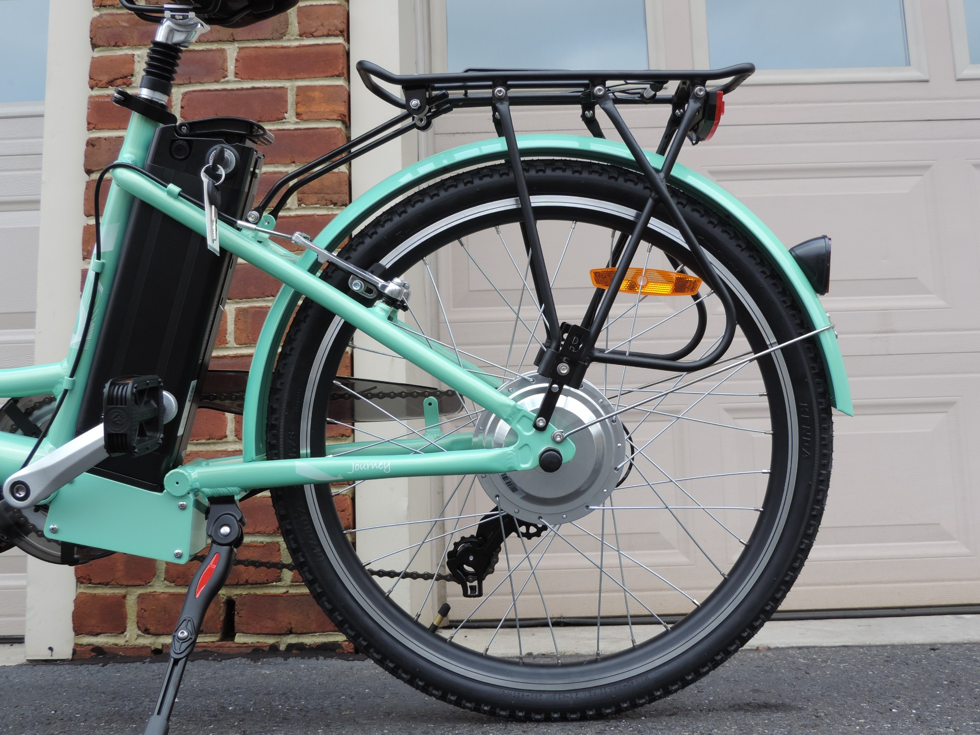 New-2019-Bintelli-Journey-Electric-Cruiser