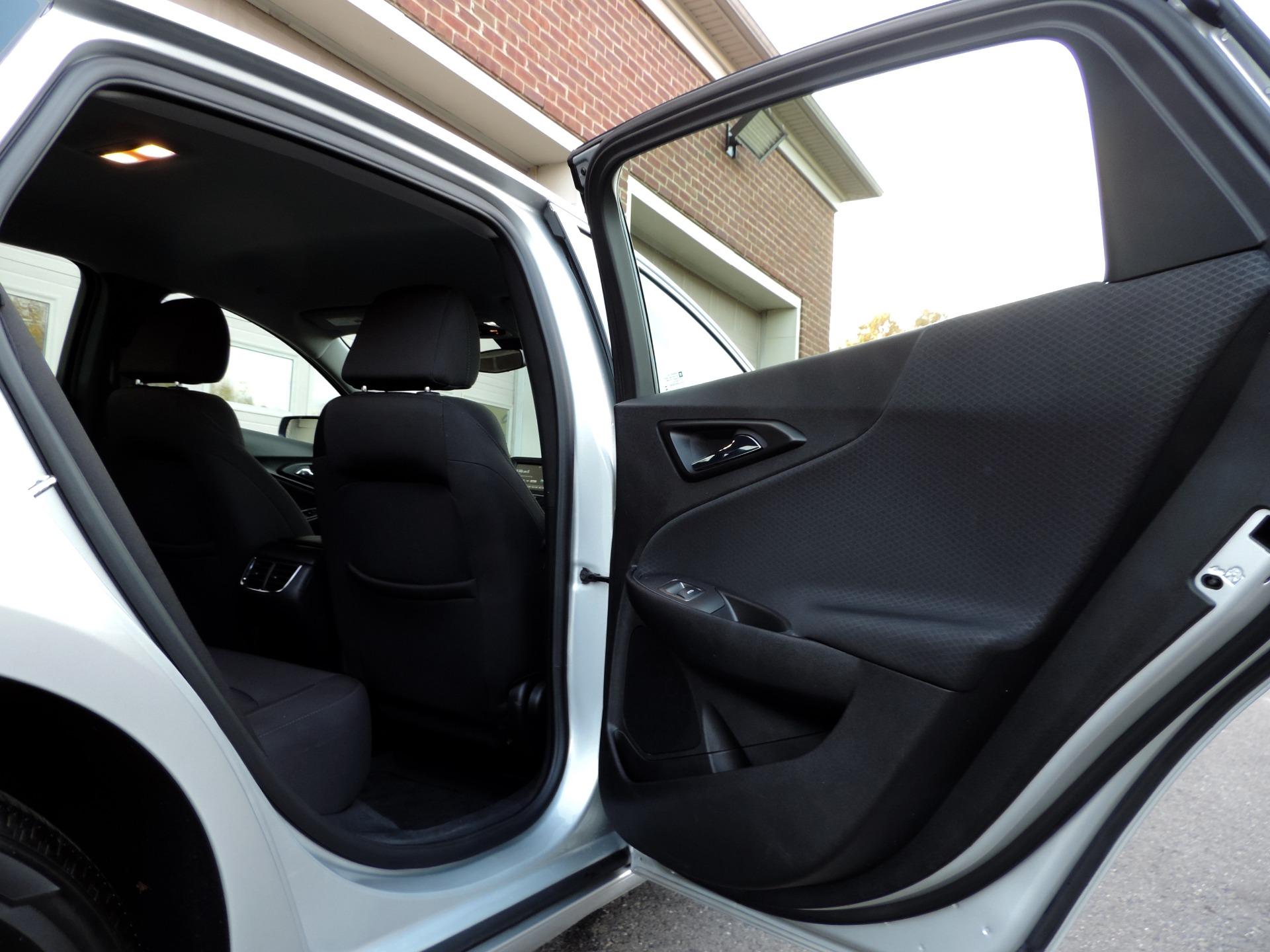 Used-2018-Chevrolet-Malibu-LT