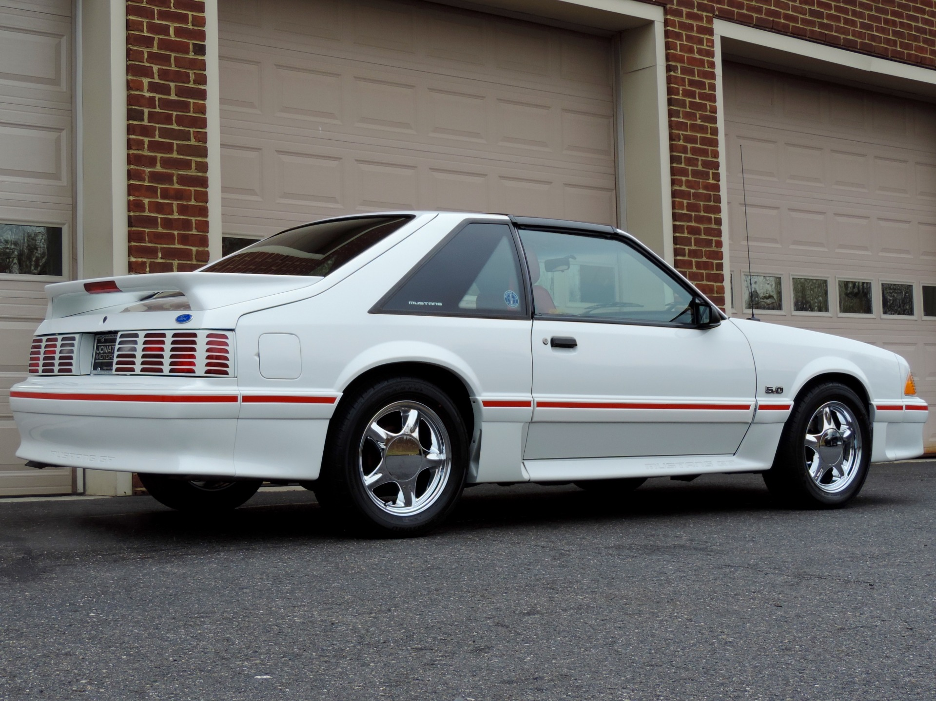 Used-1987-Ford-Mustang-GT