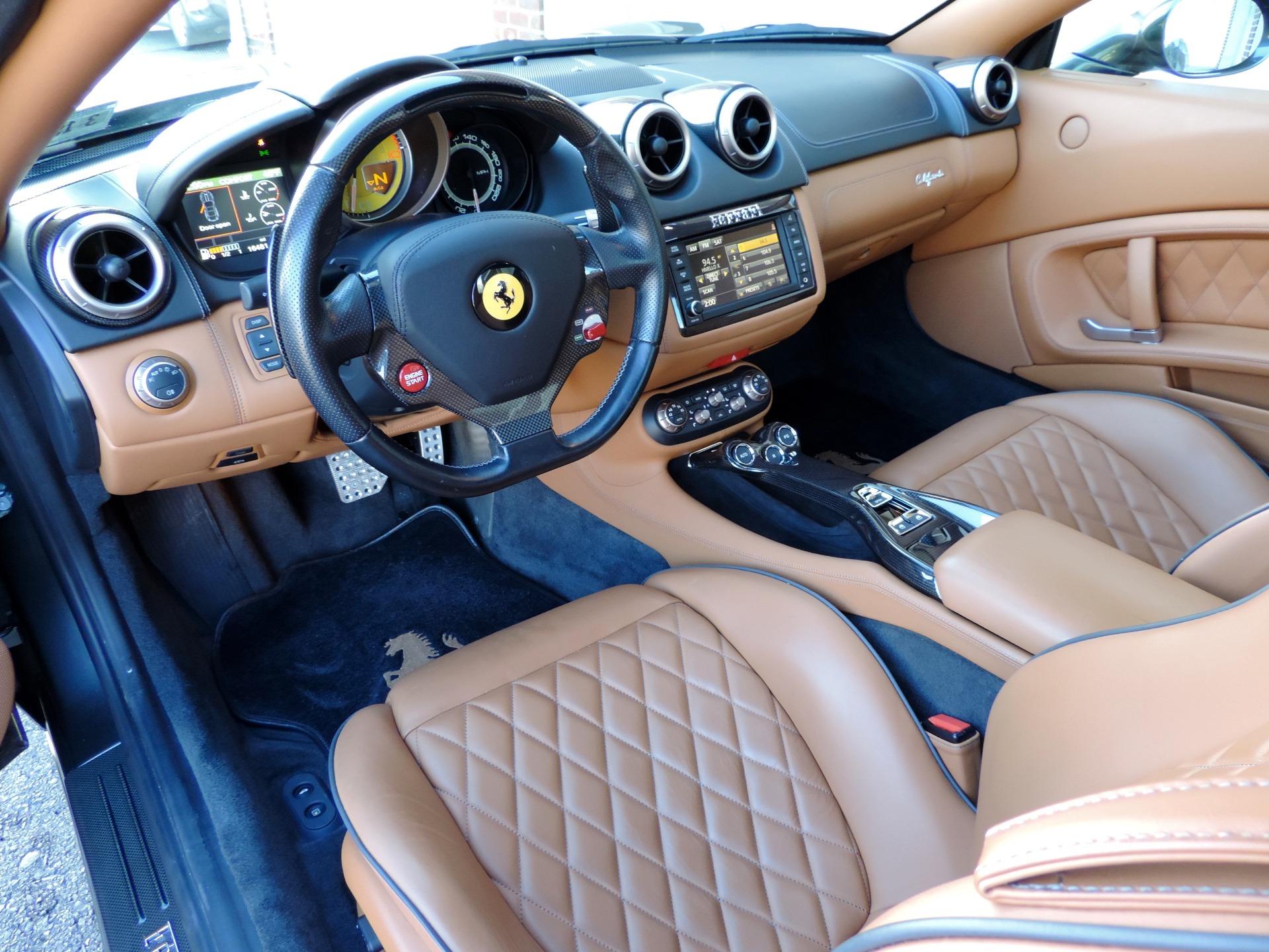 Used-2014-Ferrari-California-Roadster