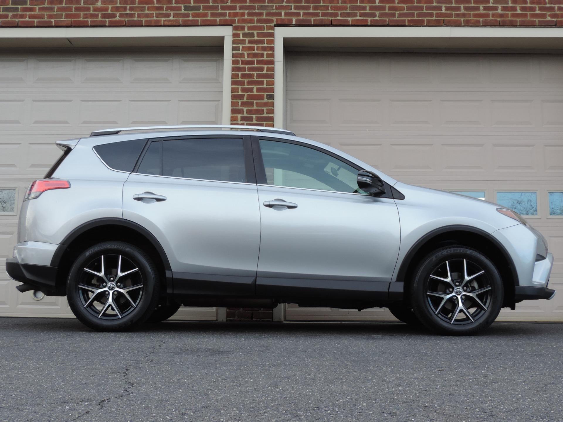 Used-2016-Toyota-RAV4-SE-AWD