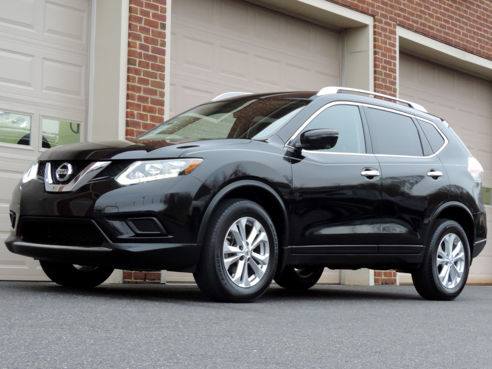 2016 nissan rogue sv awd stock 145449 for sale near edgewater park nj nj nissan dealer. Black Bedroom Furniture Sets. Home Design Ideas