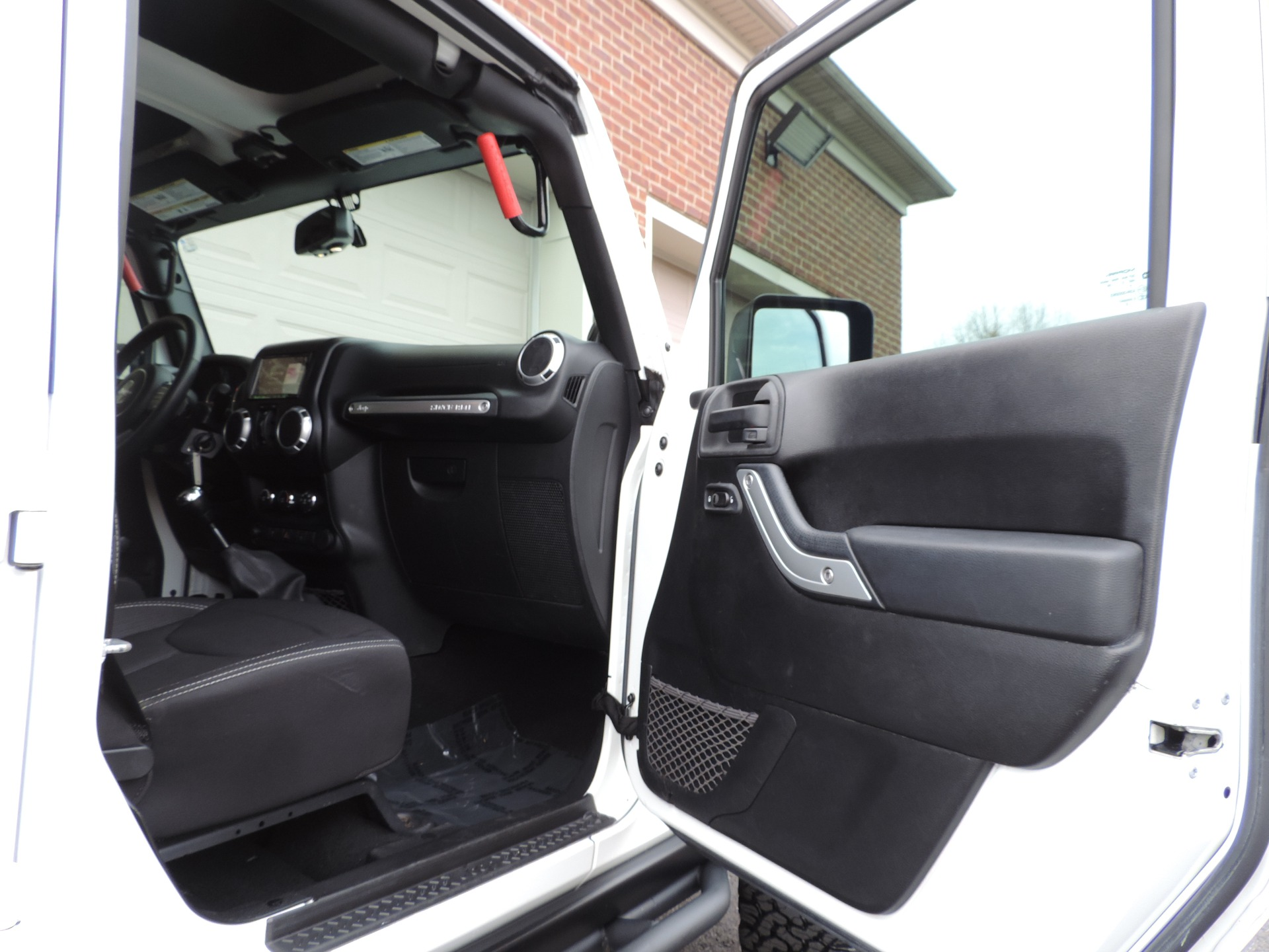 Used-2013-Jeep-Wrangler-Unlimited-Rubicon